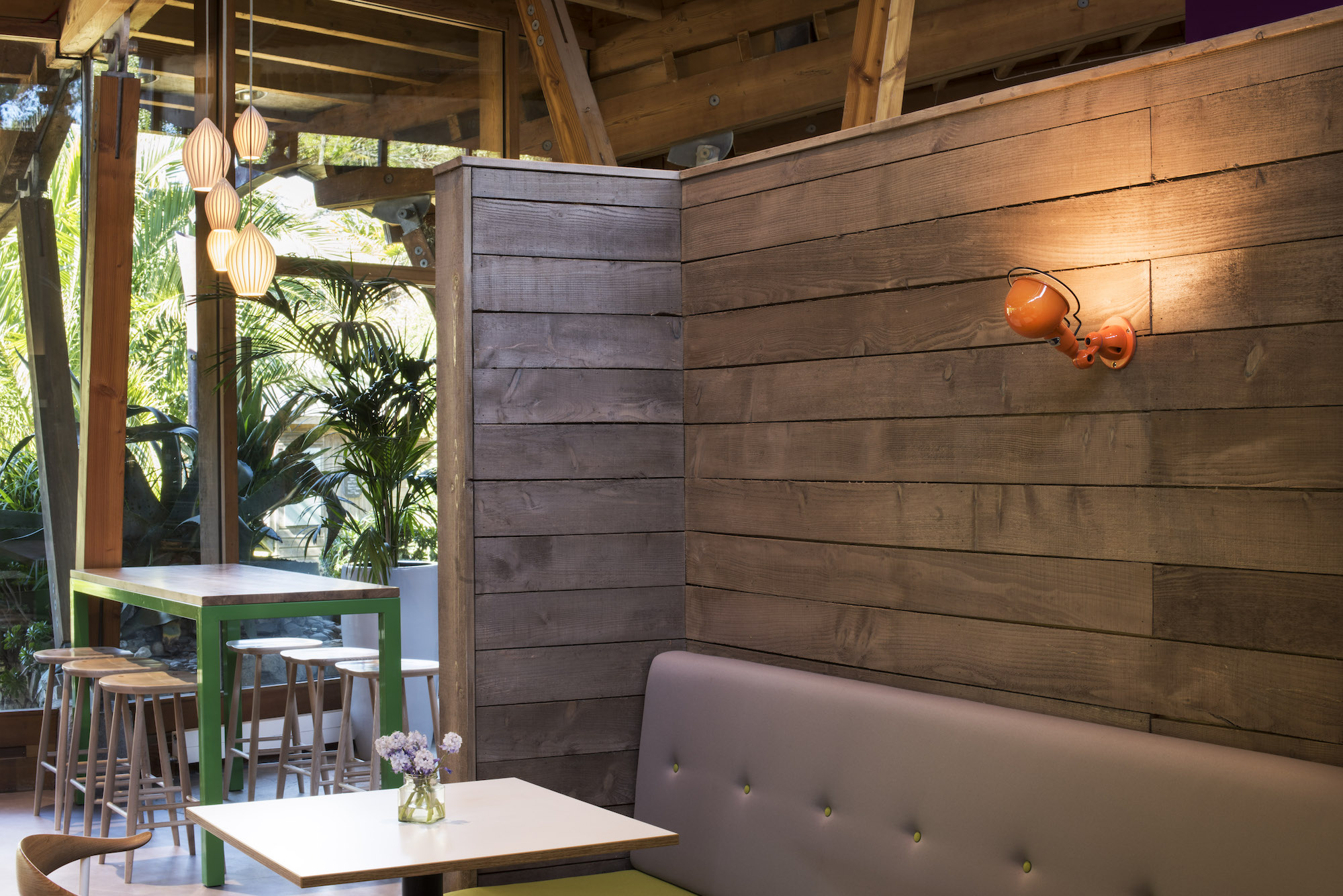 eleanor-bell-restaurant-lighting-design-trebah-kitchen