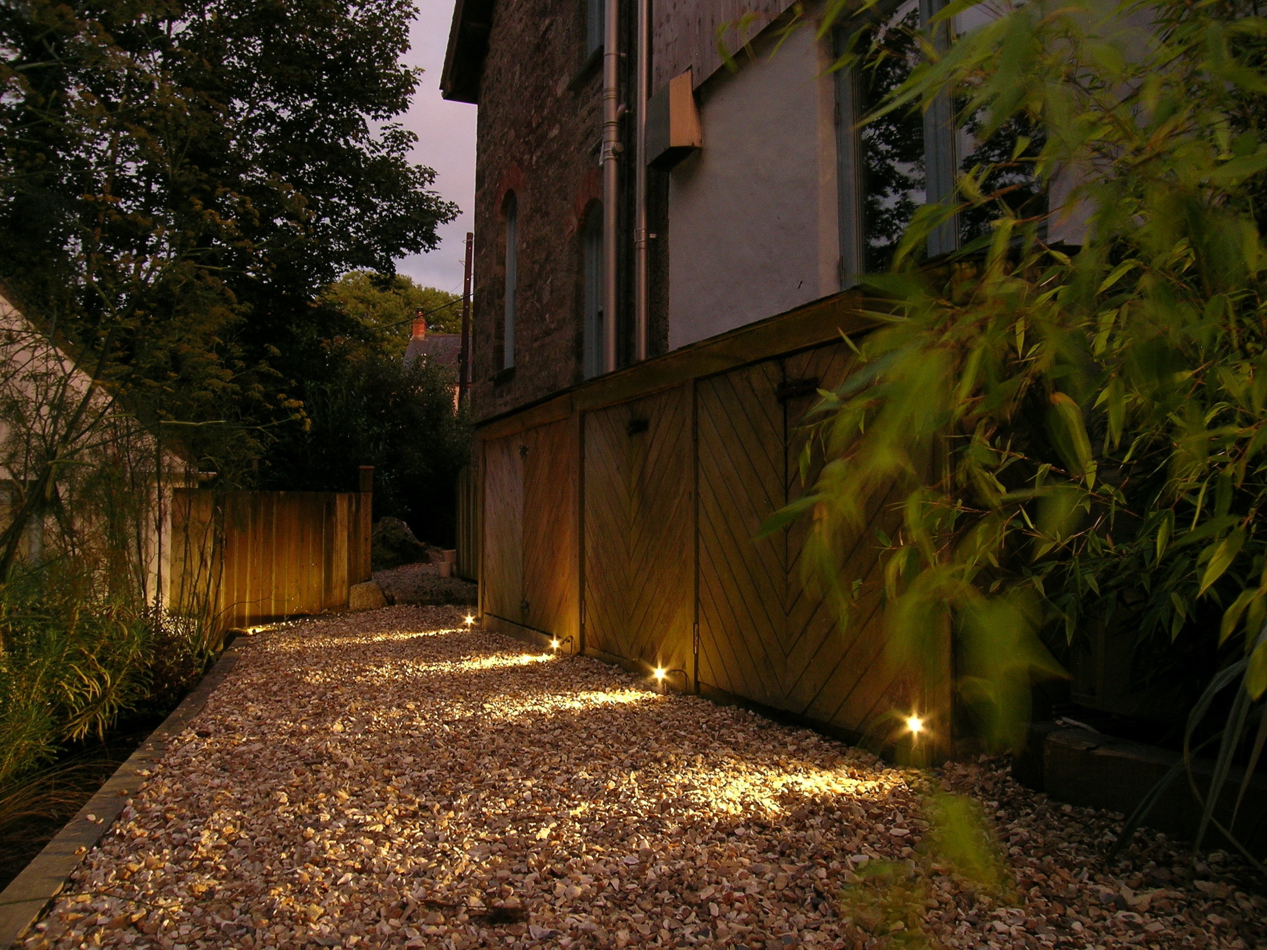 Eleanor Bell lighting design - garden led lighting
