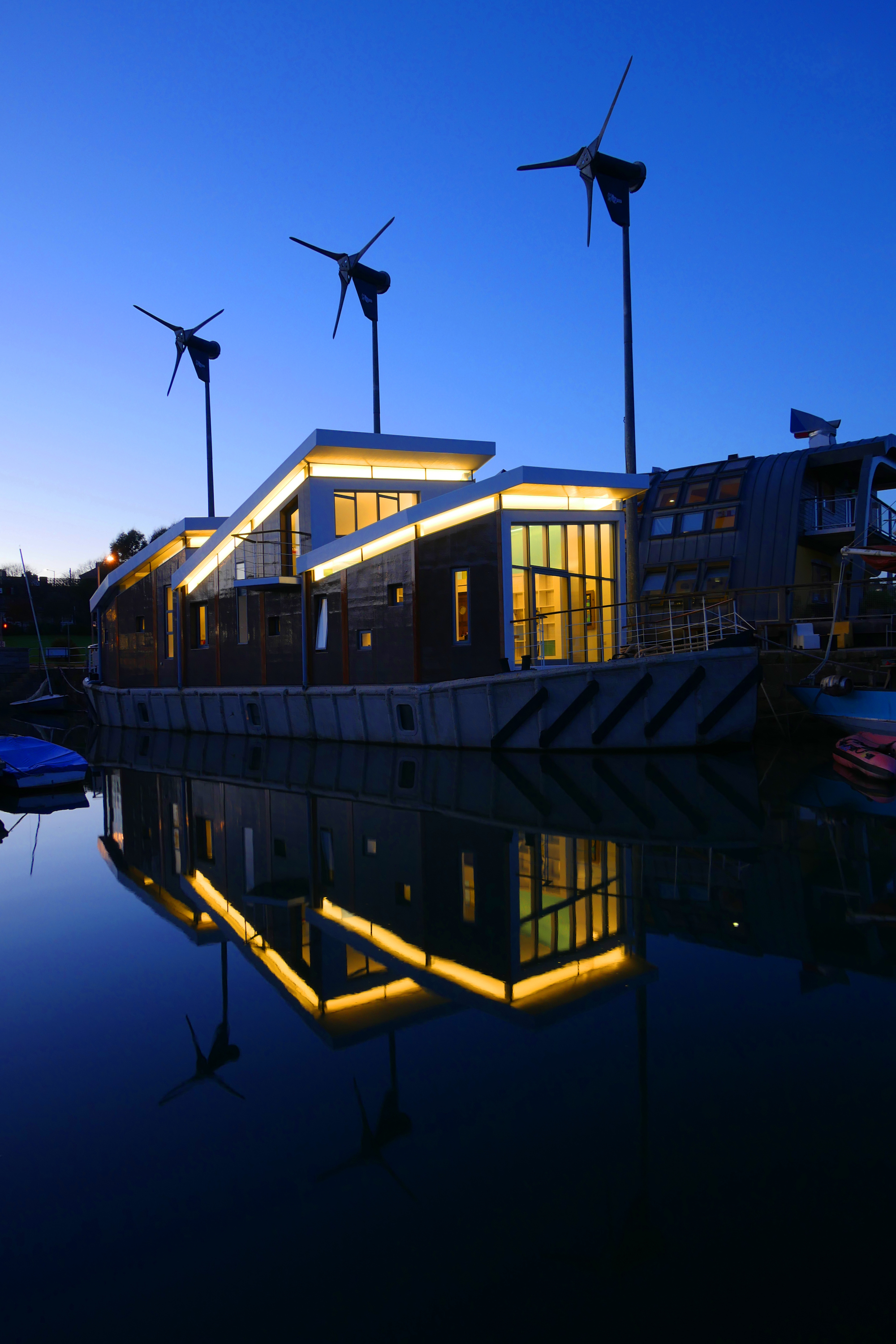 eleanor-bell-office-lighting-jubilee-wharf-barge-reflections.jpg