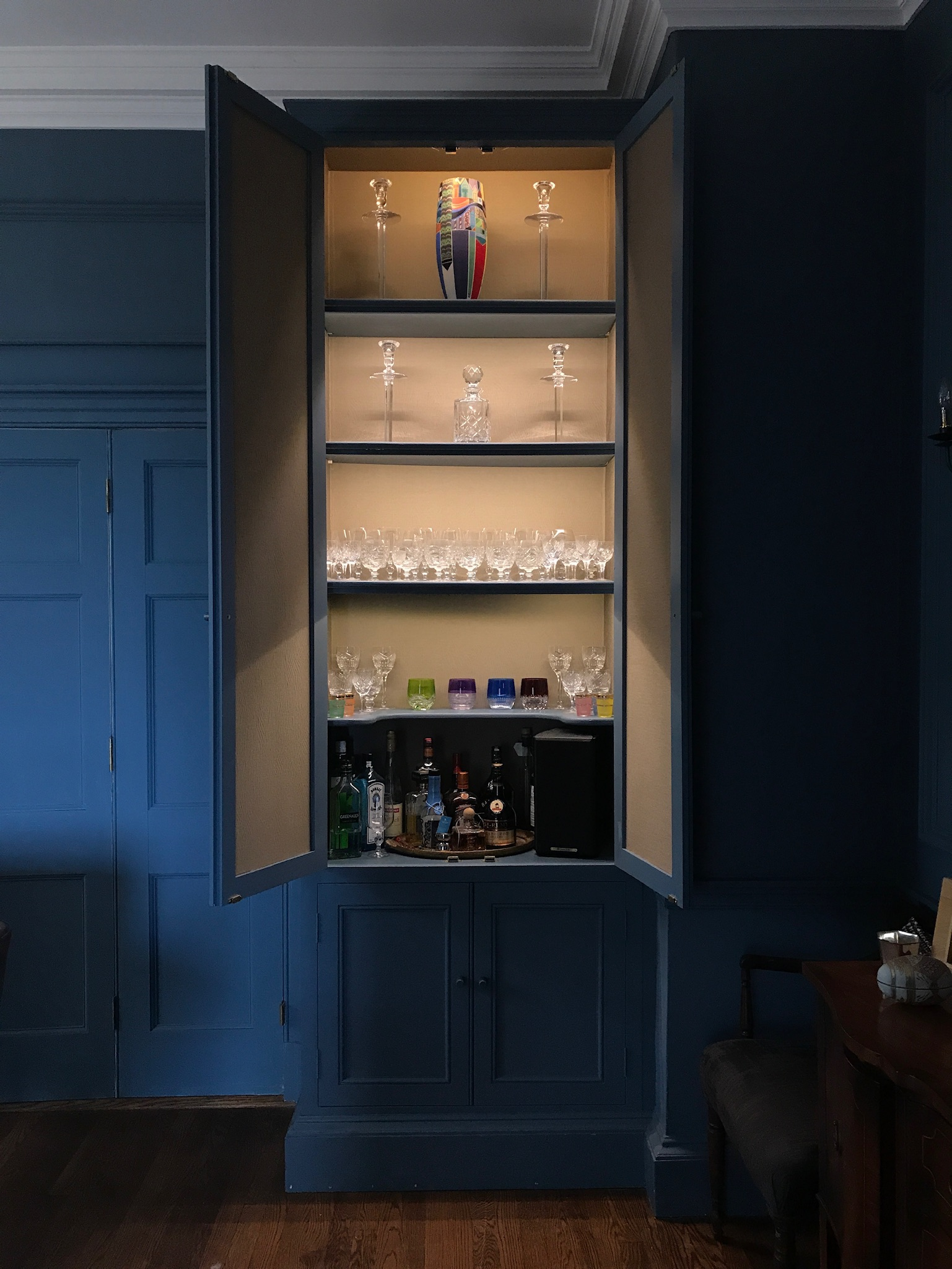 eleanor-bell-resdiential-lighting-cornwall-display-cabinet.jpg