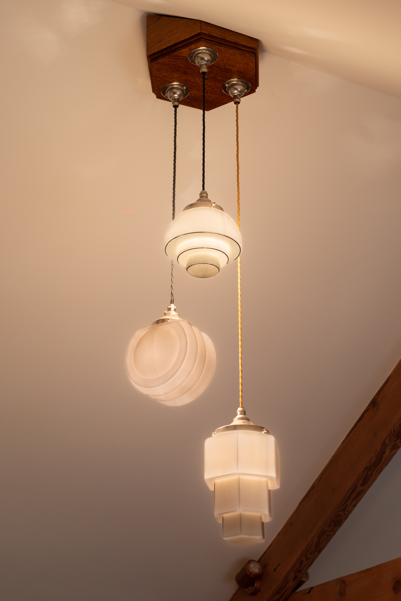 eleanor-bell-resdiential-lighting-cornwall-art-deco-pendants.jpg
