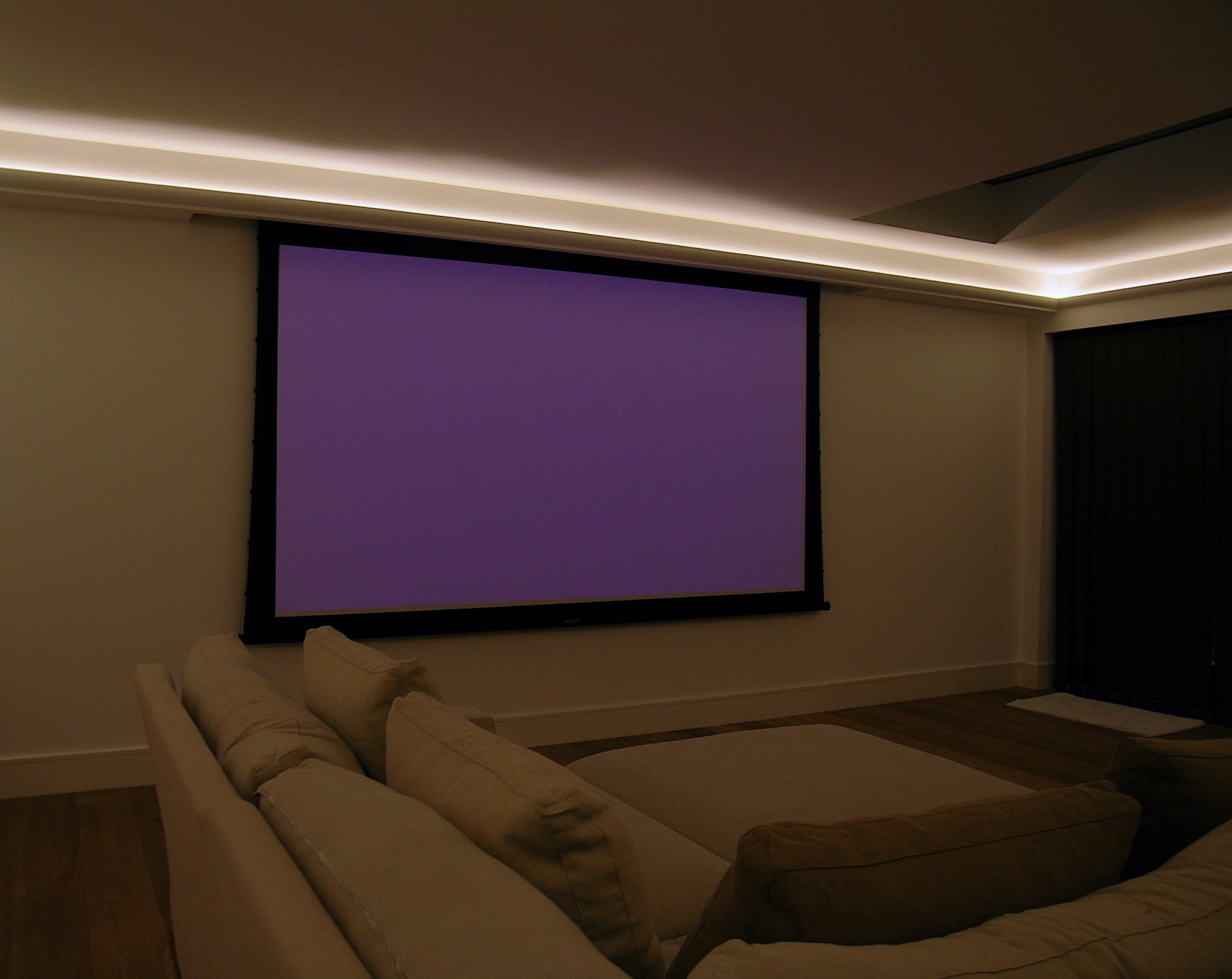 eleanor-bell-residential-lighting-london-home-cinema.jpg