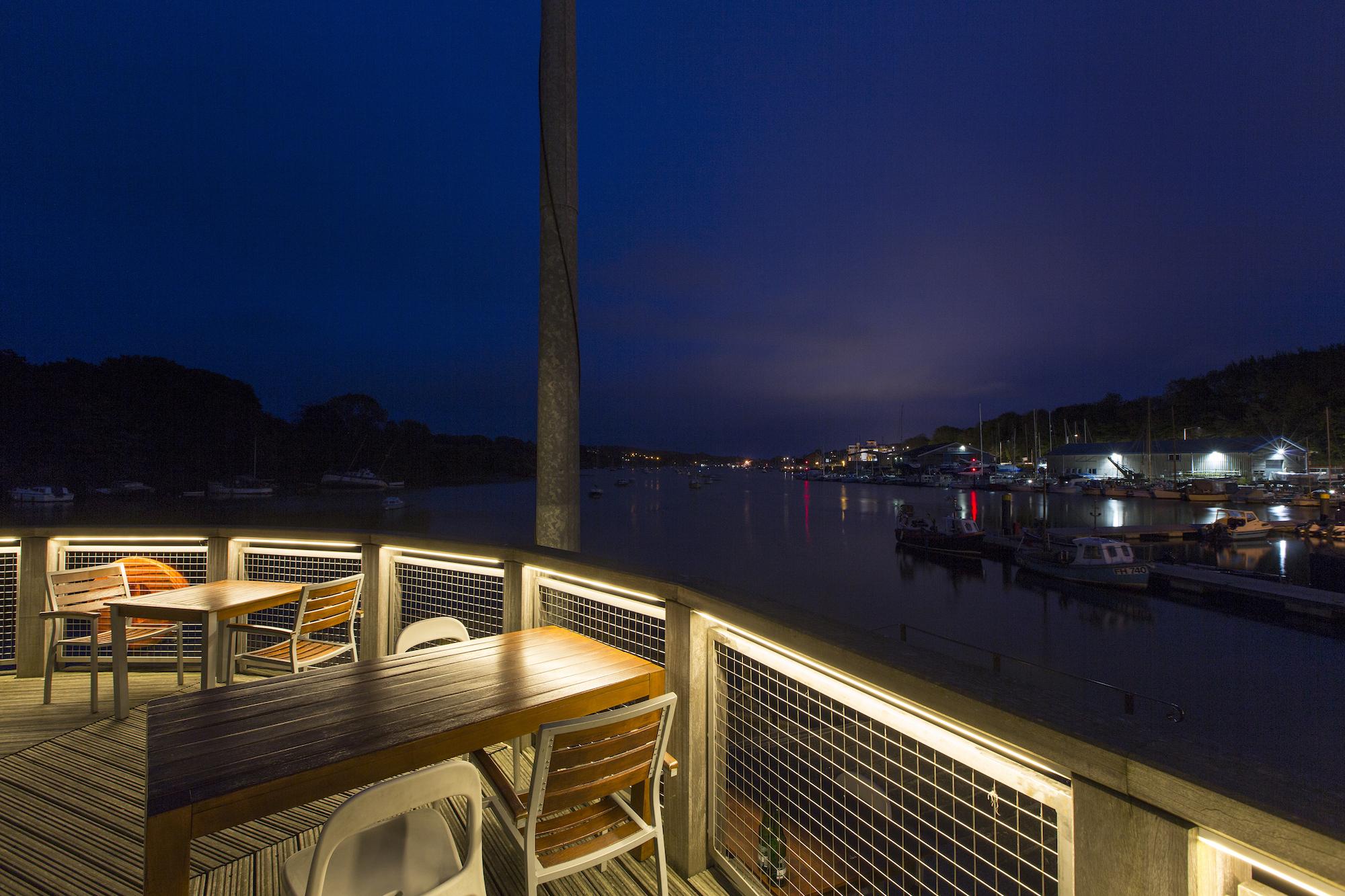 eleanor-bell-river-restaurant-lighting-led-strip.jpg