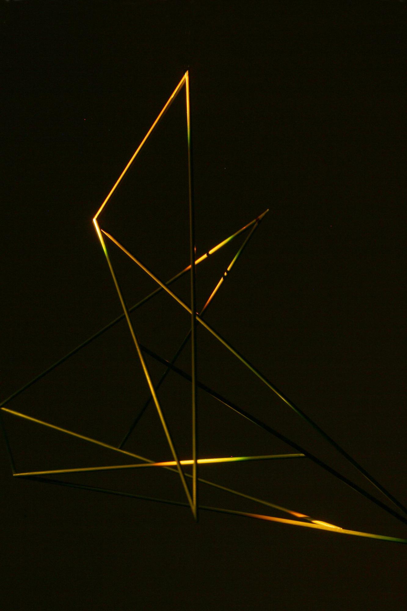 eleanor-bell-light-artist-balancing-contrast-order-line-of-light.jpg
