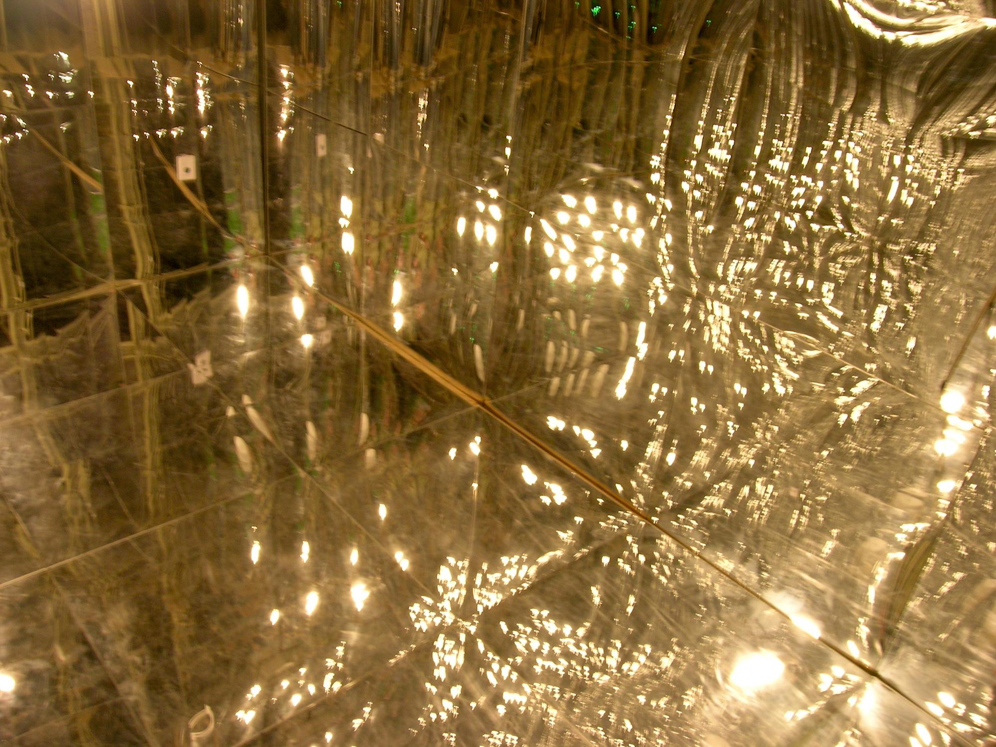 eleanor-bell-light-artist-infinity-reflections-cornwall-design-season.jpg
