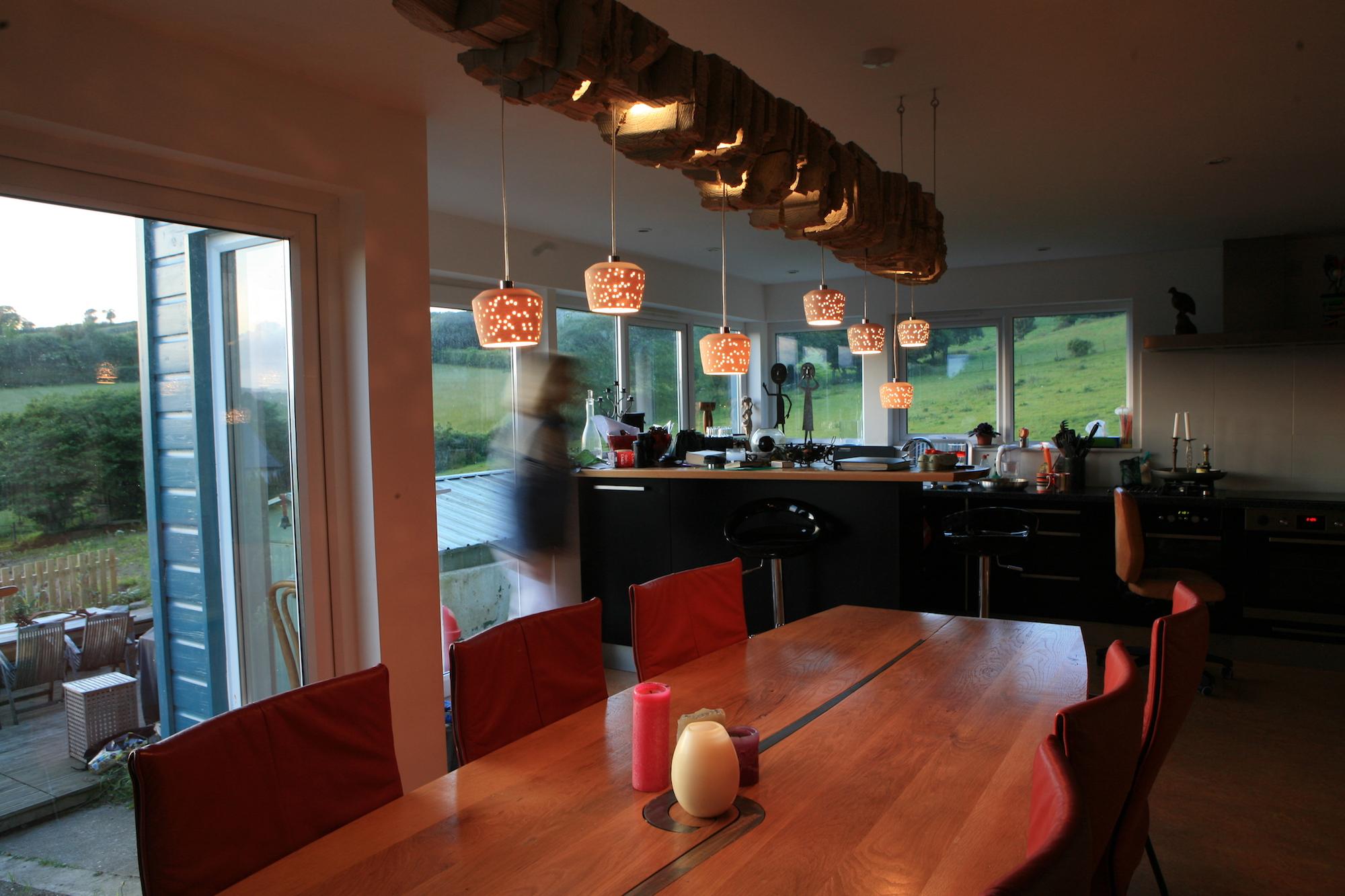 eleanor-bell-designer-maker-bespoke-lighting-sleeper-light-dining-room.jpg
