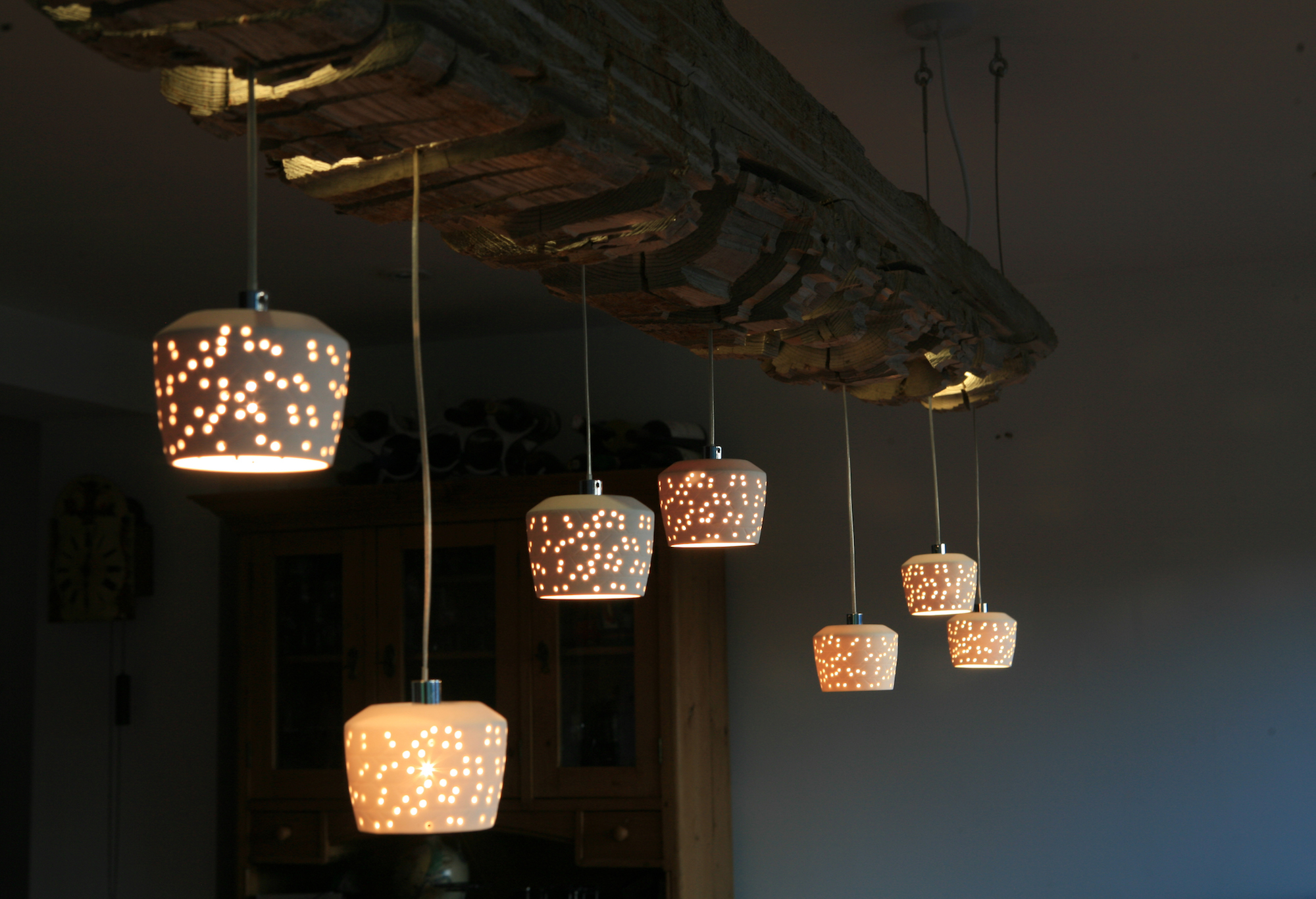eleanor-bell-designer-maker-bespoke-lighting-sleeper-light-detail.jpg