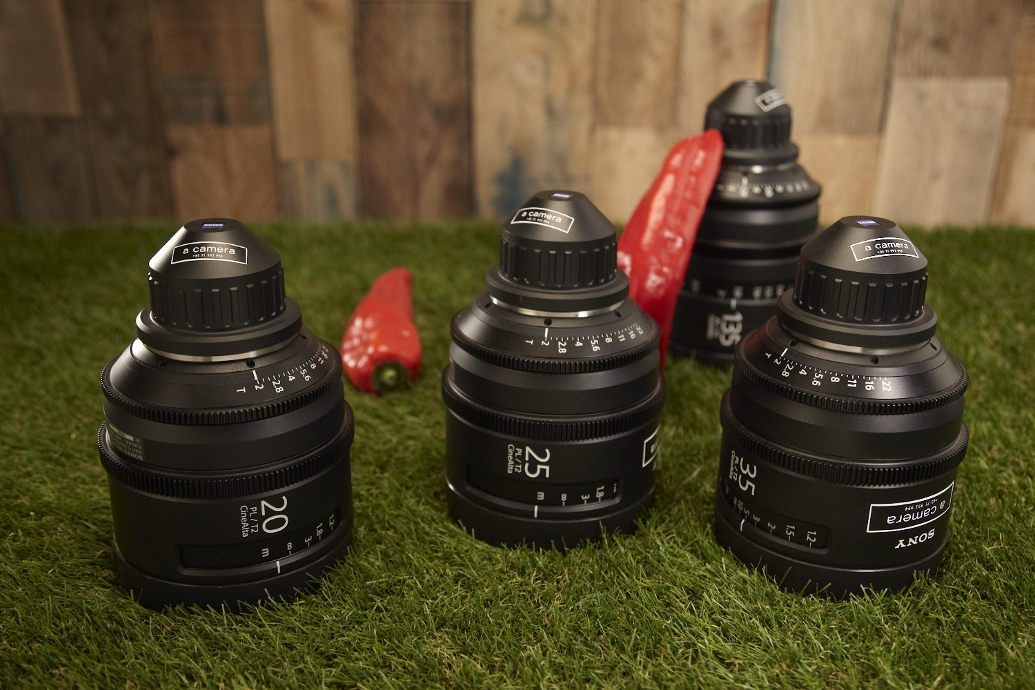 Sony Cine Alta Primes - T2 - set of 6 lenses   The 50mm and the 85mm are both missing in the picture above.   20mm  CF 0,25m -  25mm  CF 0,25m -  35mm  CF 0,35m -  50mm  CF 0,5 -  85mm  CF 0,8m -  135mm  CF 0,8m