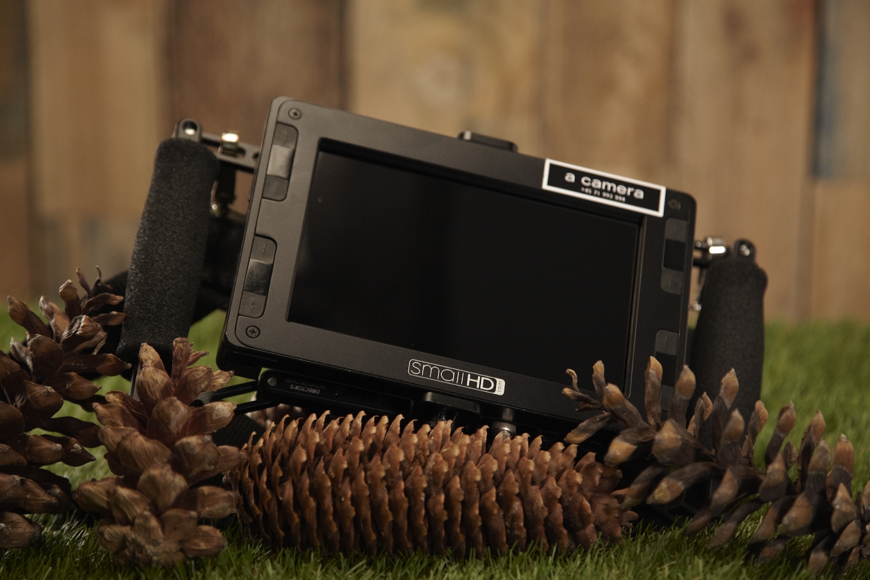 "Small HD DP7 Pro   7"" monitor"