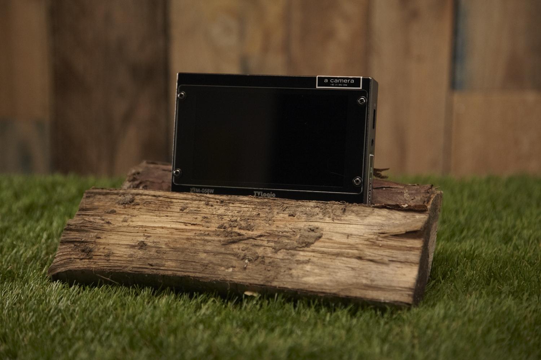 "TV-Logic VFM-058W   5"" monitor"