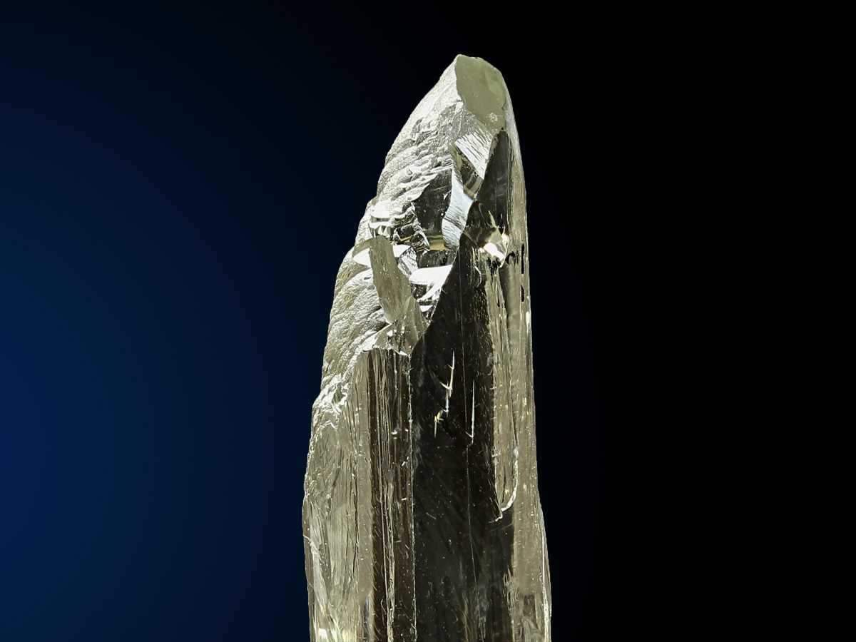1181_Hiddenite_Resplendor_2_1200x900.jpg