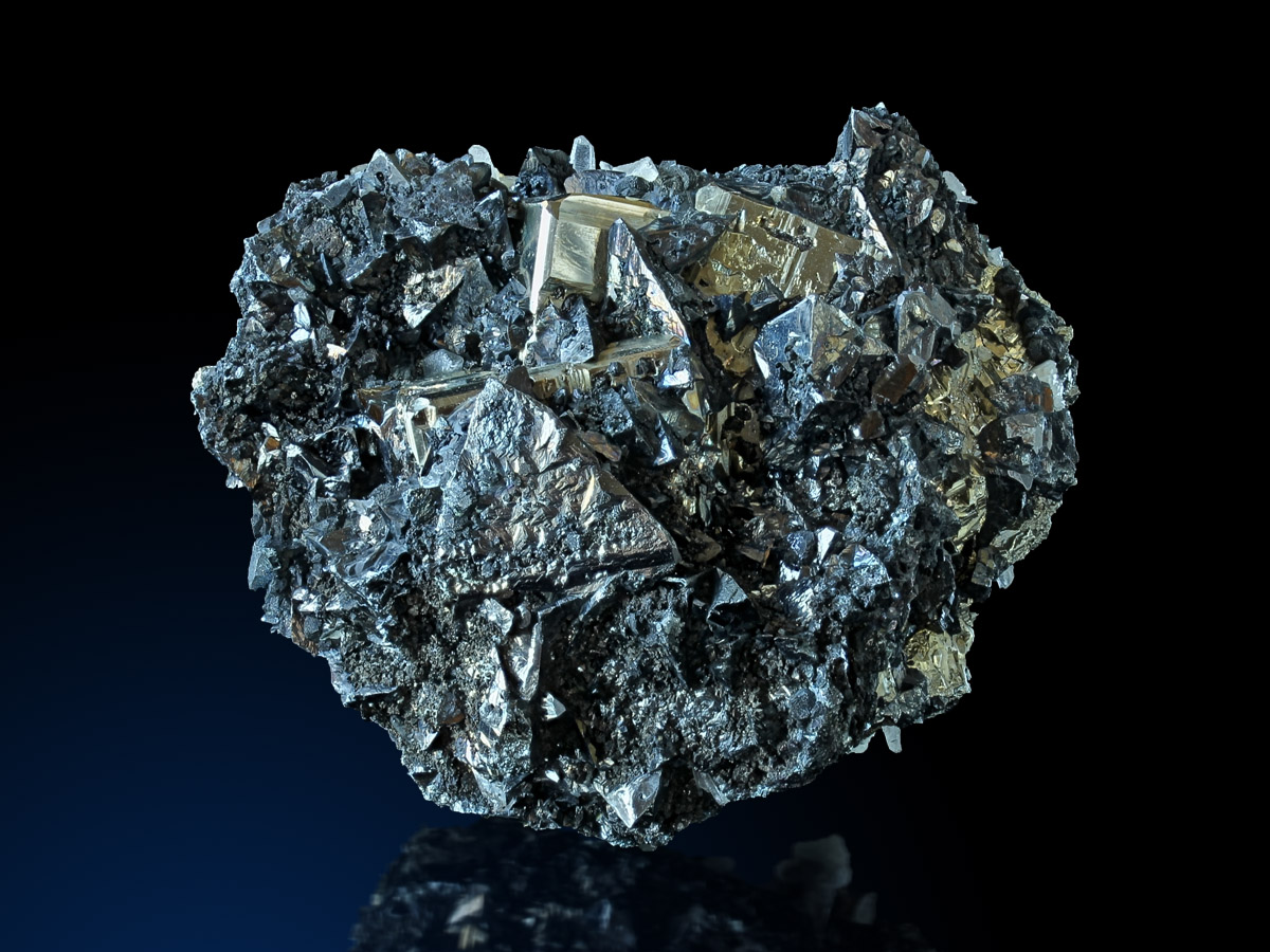 823_Tetrahedrite_Cavnic_2_1200x900.jpg