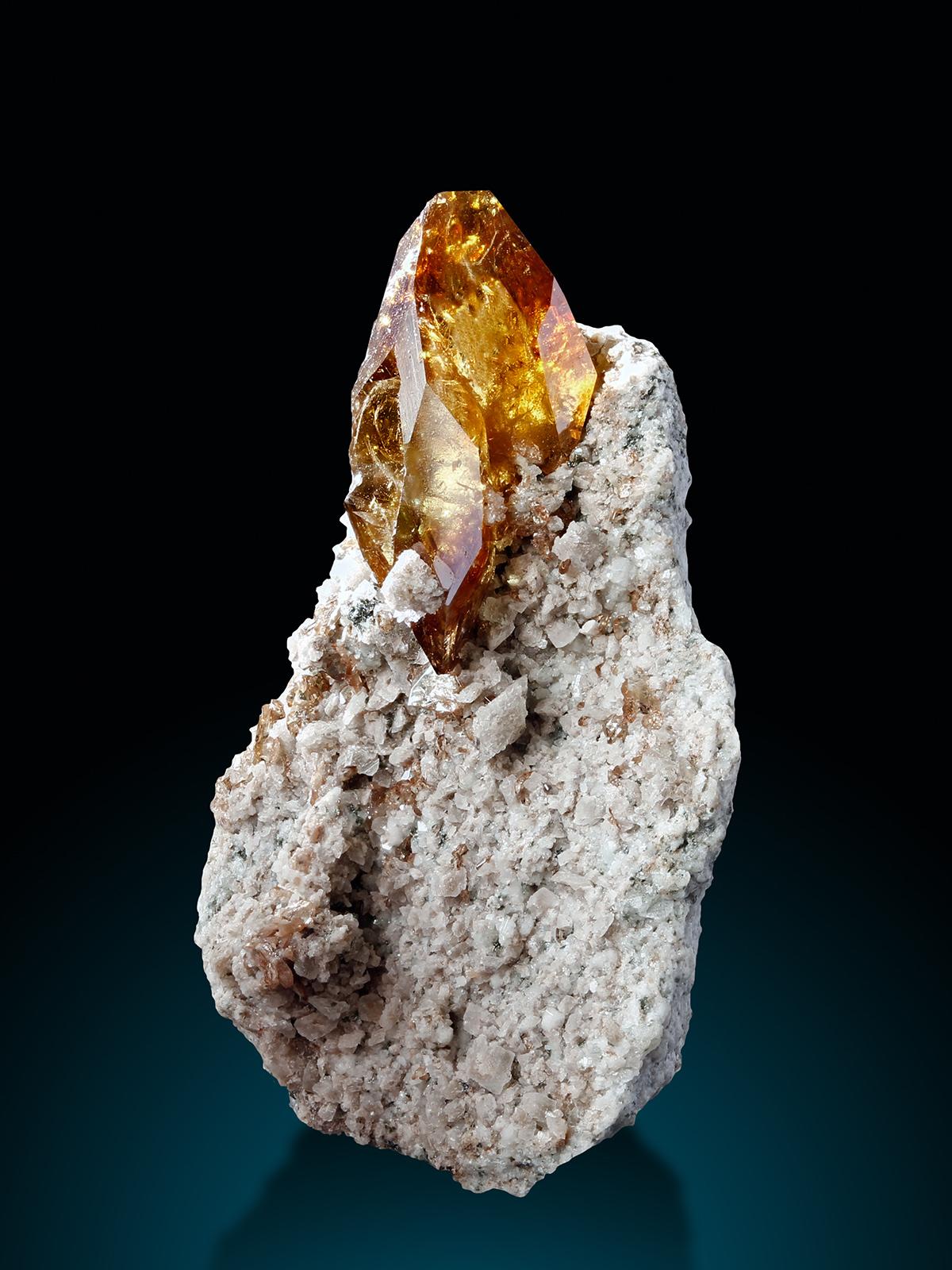 TitaniteOM Kristallwand a Kopie.jpg