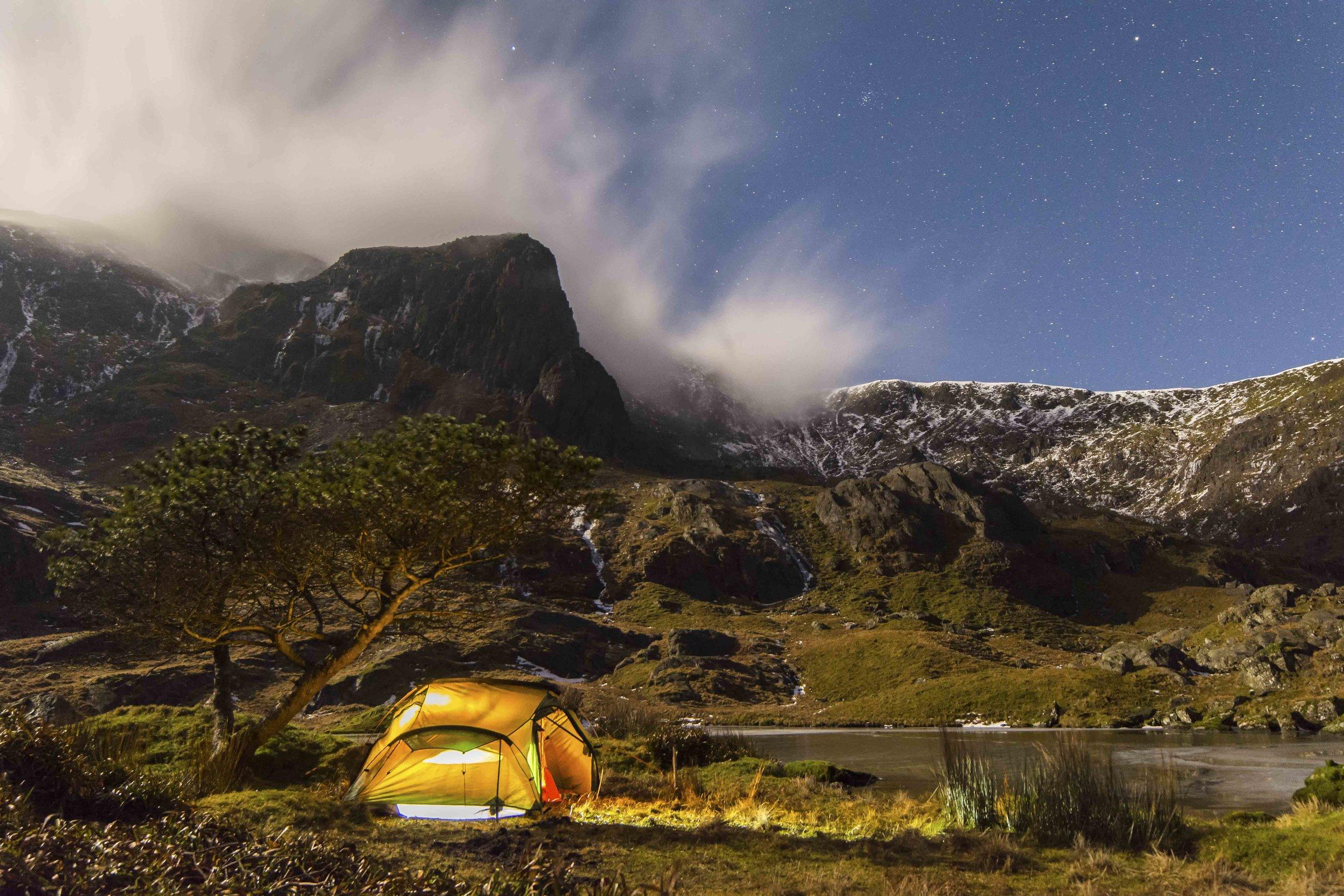 wild camping llyn glas.jpg