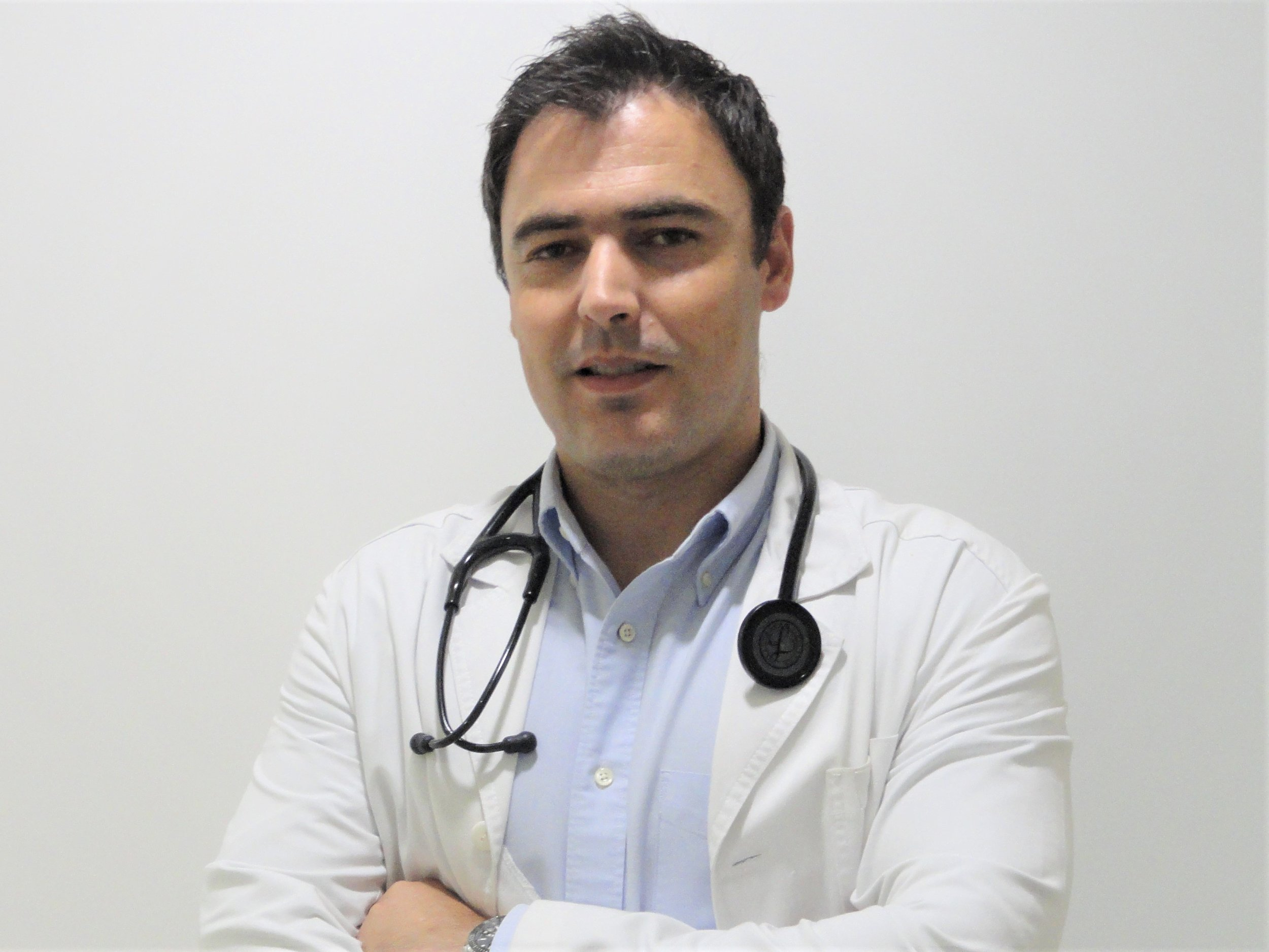 Dr. Hélder Dores copia- Cardiologia (1).jpg
