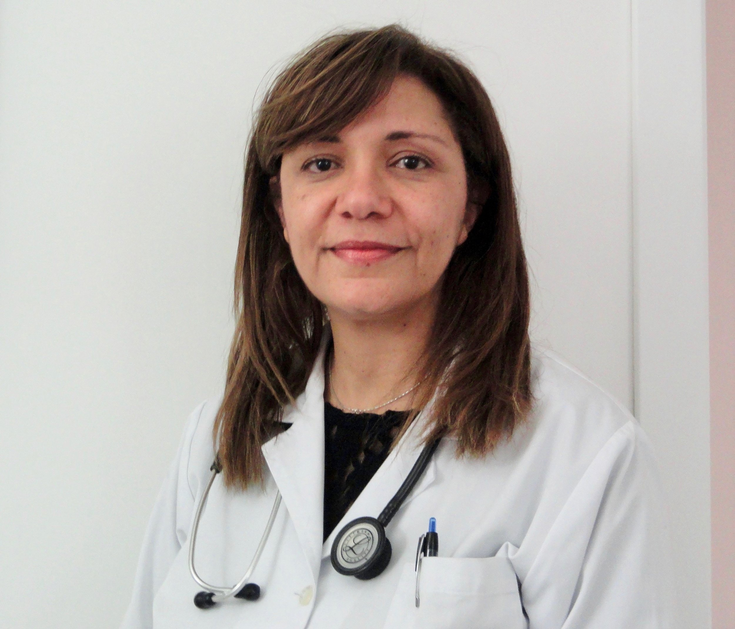Dra. Alice Fortes - Nefrologia.jpg