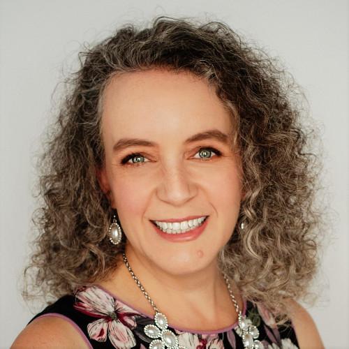 LISA SANSOM  // Leadership and Organizational Coach