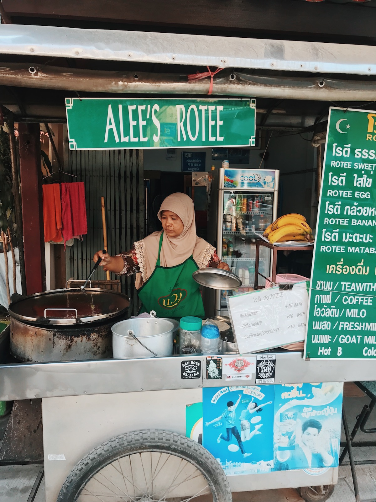 The Foodie Guide to Chiang Mai Thailand - Adventure Claire - Alee's Rotee - Claire Eliza