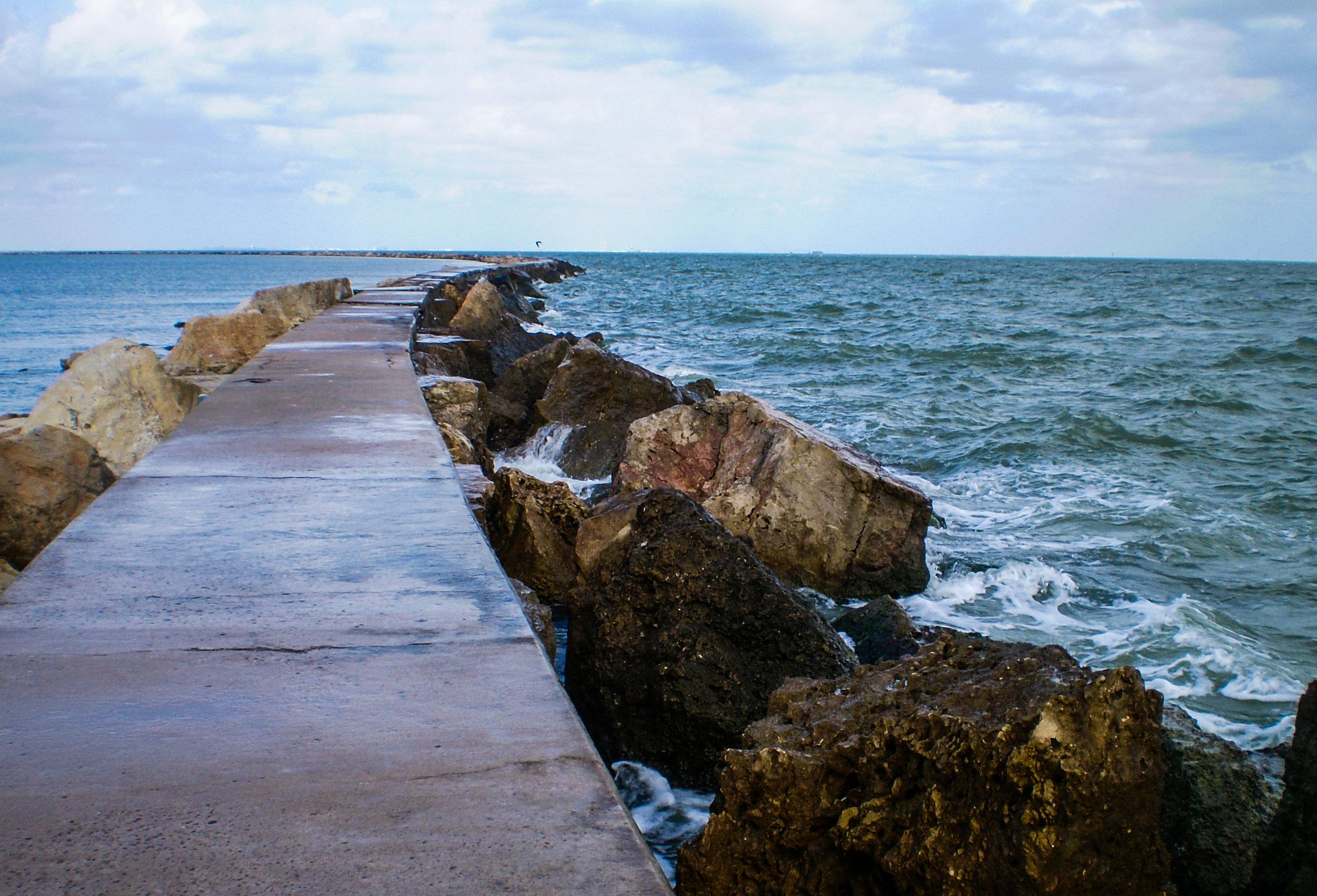 iStock-Path into the Sea594031502.jpg