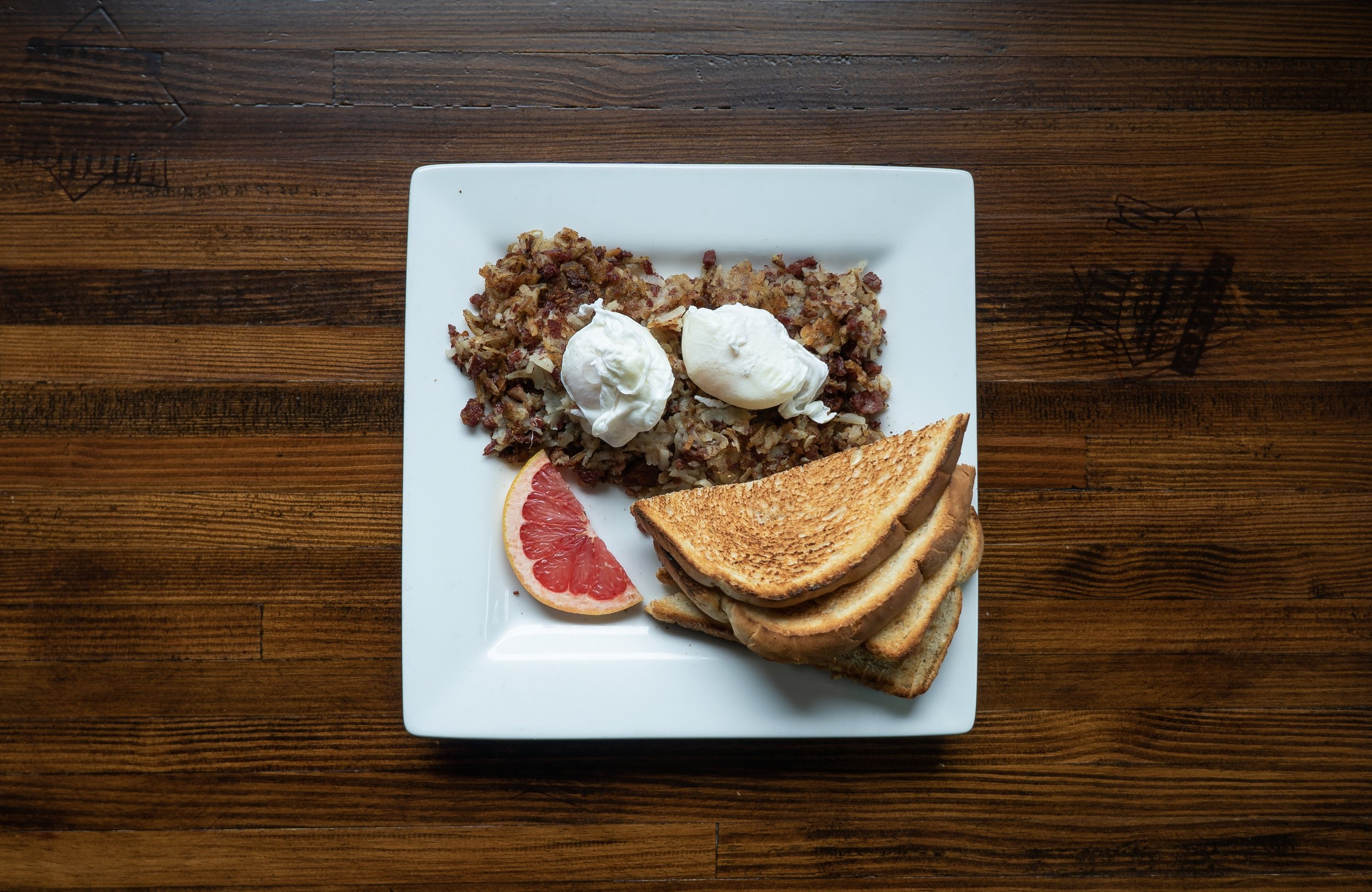 Toast with Corned Beef Hash