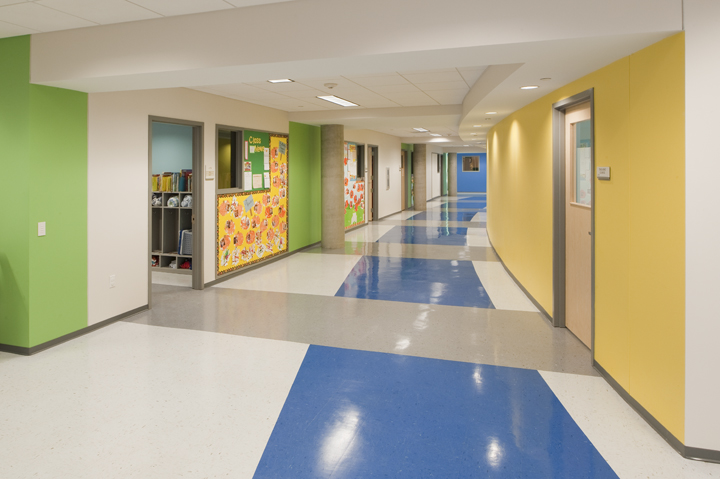 facilities-toddler-hallway.JPG