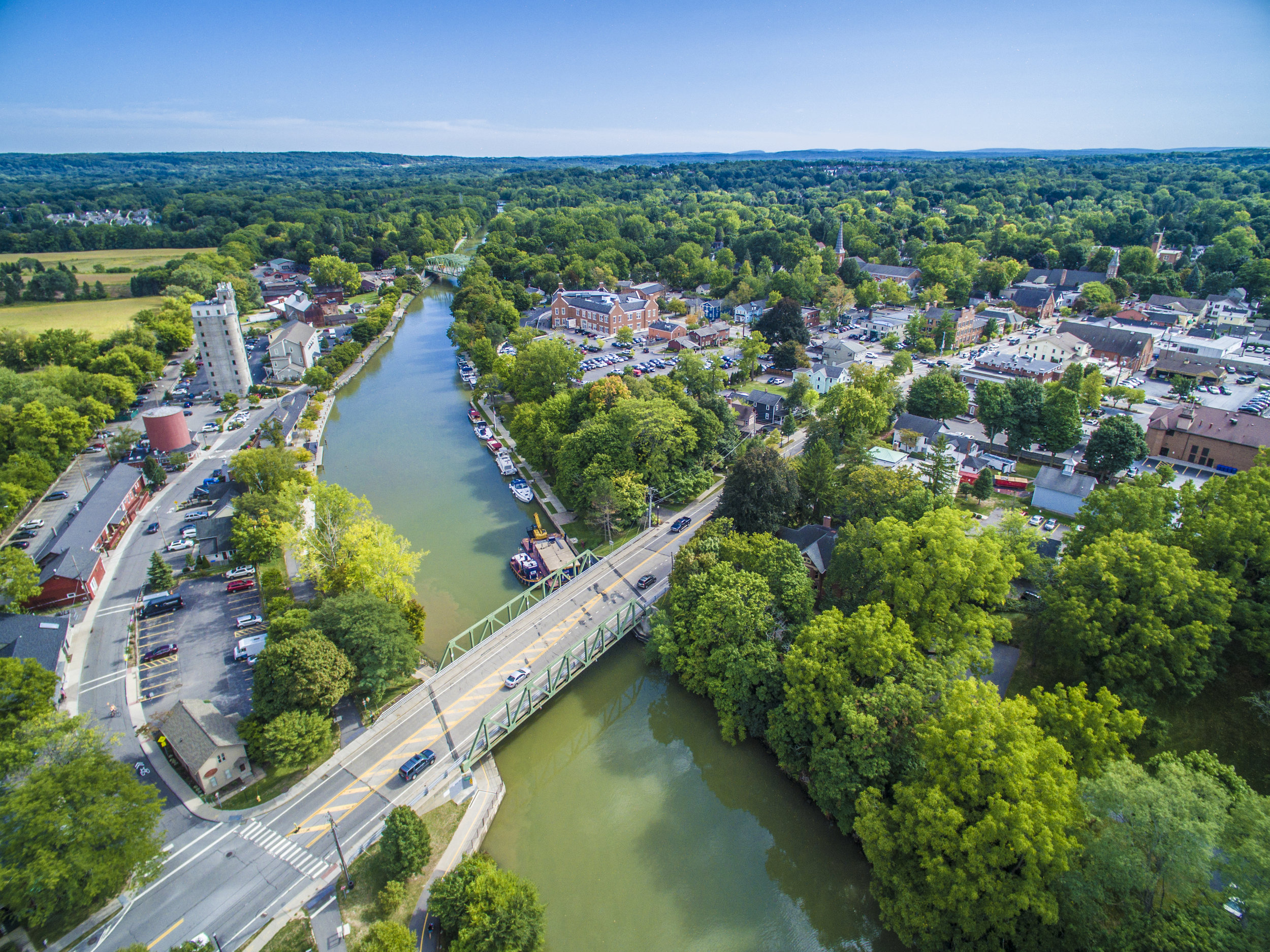 Greater Rochester - Pittsford, Fairport and Honeoye Falls are just a few examples of great cities to live in the Greater Rochester area!See all Properties
