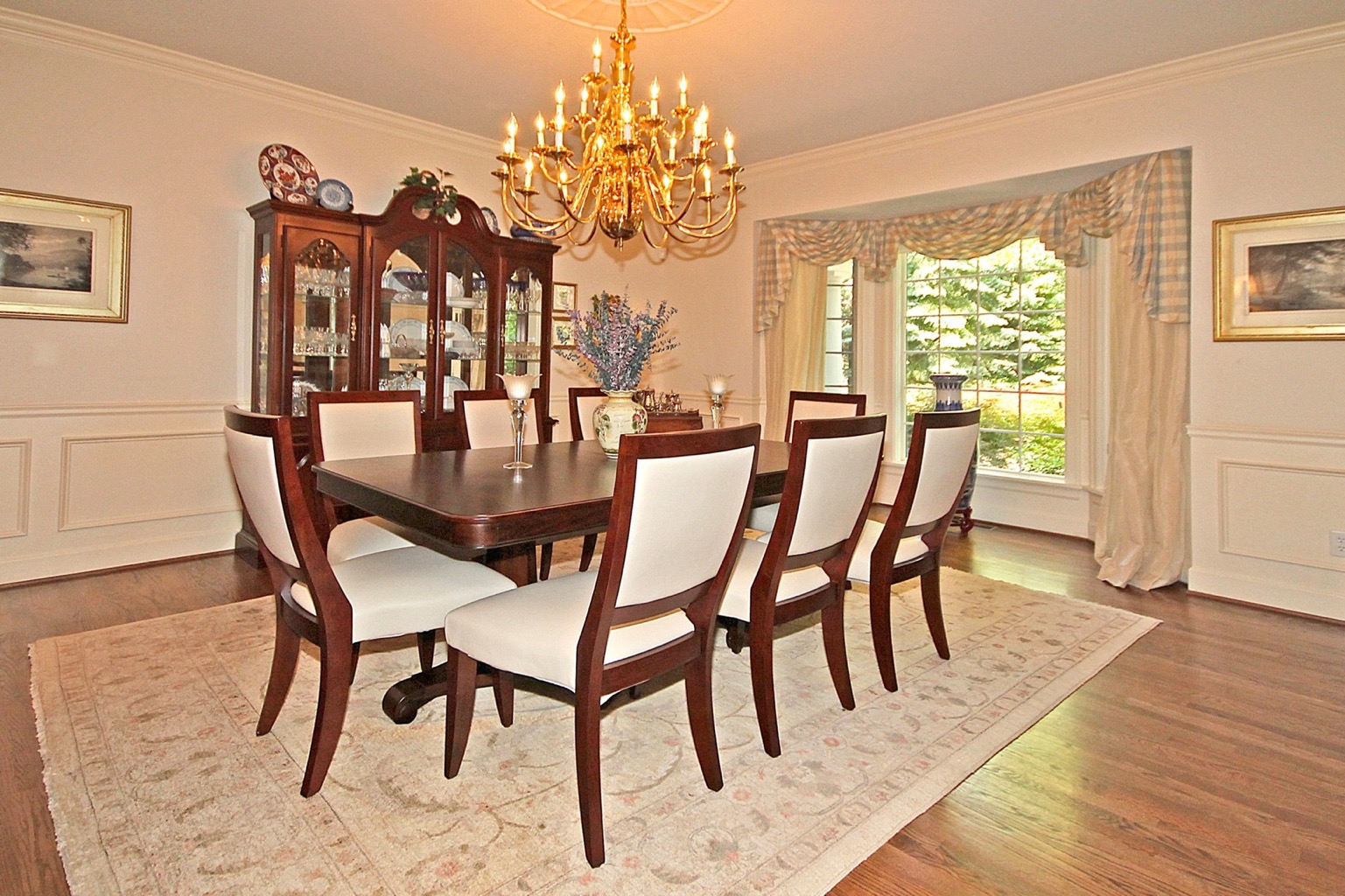 diningroom1_edit.jpg