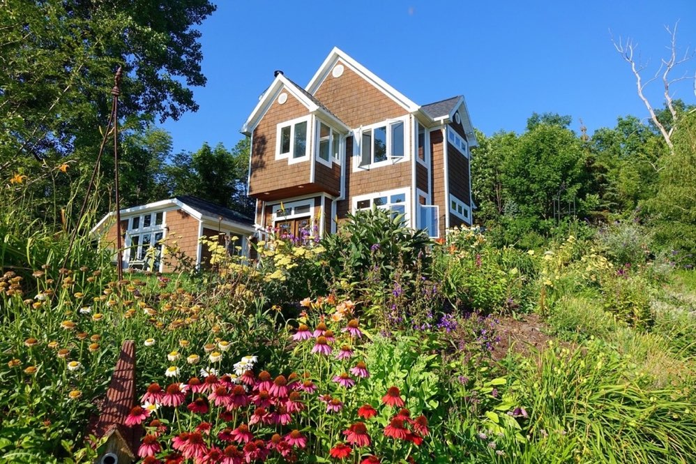697 East Lake Road - Middlesex, NY