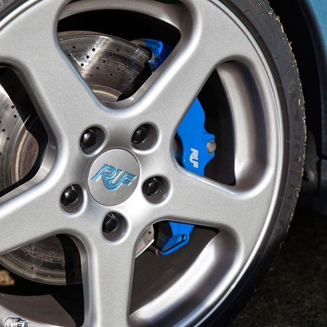 Met a guy named Joe with a Ruf Cayman at Festivals of Speed last year at Amelia. The blue color touches were super cool, but then found out his best friend signed the car. Alois Ruf. Swipe over to see the signature.  #wheelwednesday #ruf #cayman #porsche #rare #signed #bestfriends
