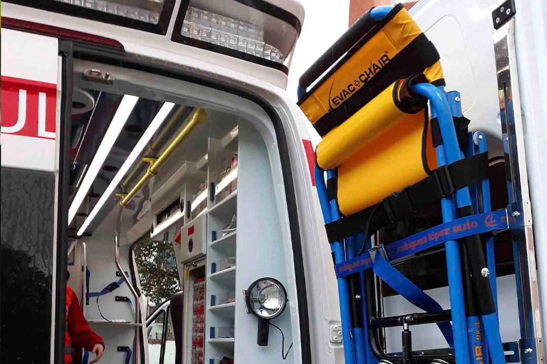 Diseño web a medida - accesorios de rescate - Espeva y Evac Chair