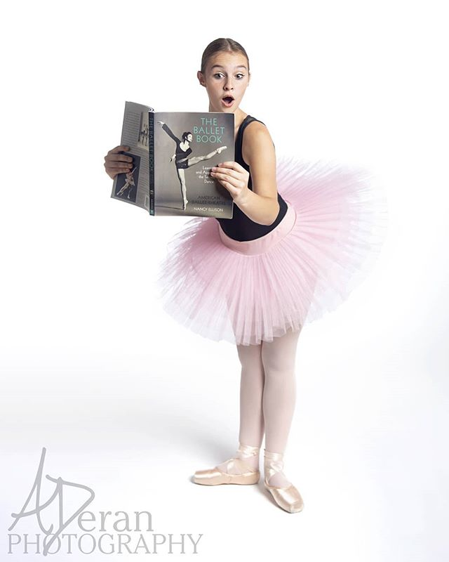 Time in the studio with @lakeforestdanceacademy was tutu fun! 😂  #aderanphoto #chidance #chicagophotographer #dancer #ballet #ballerina #studiolife #dancemagme #dancerlife #dancersofinstagram #instadance #tutu
