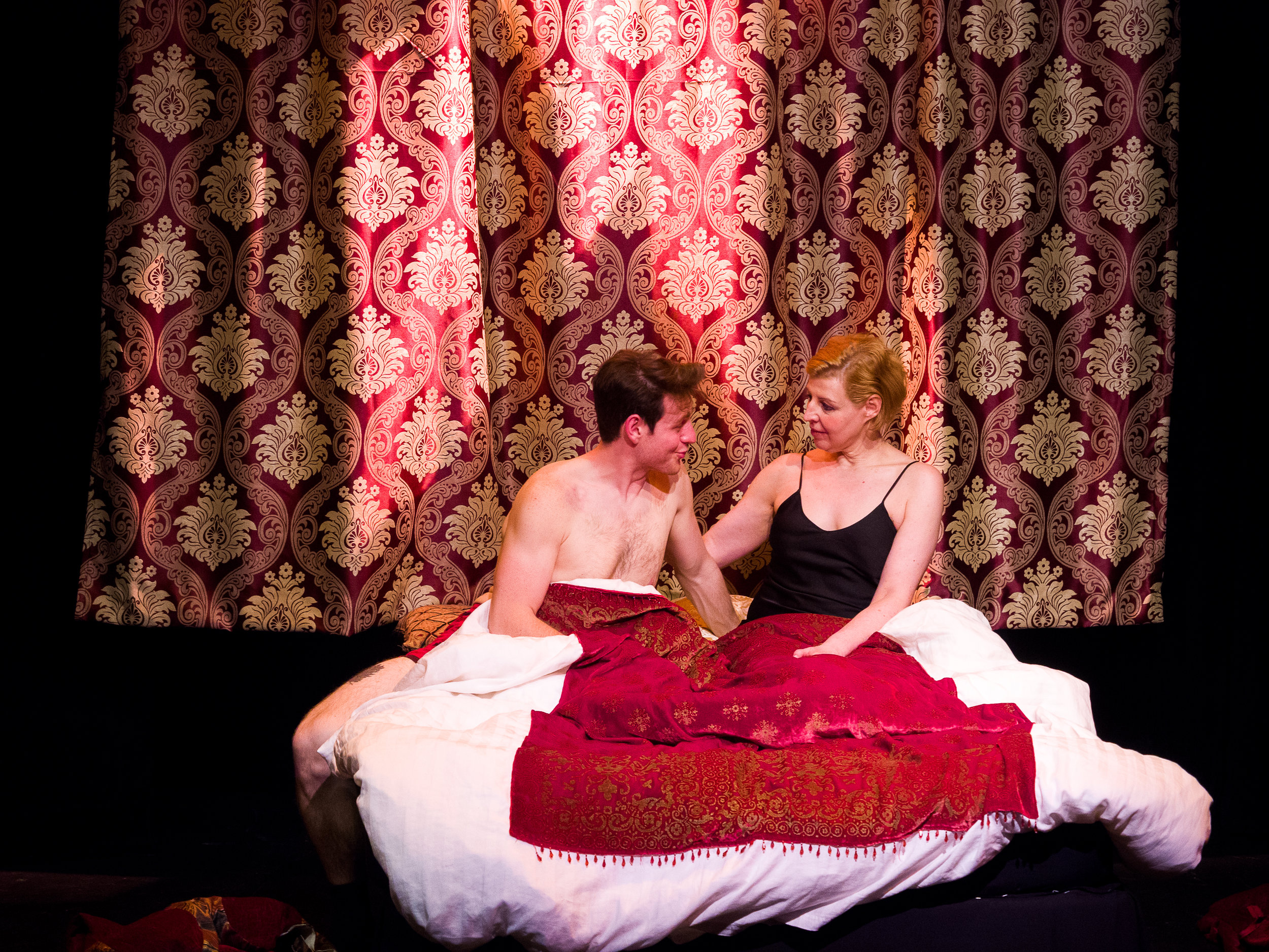 Left to Right: Dewey Stewart as Giovanni; Françoise Balthazar as Lucrezia Borgia. Set and costumes by Jan Venus; lighting design by Waleed Ansari. Photography by Rene Stakenborg.