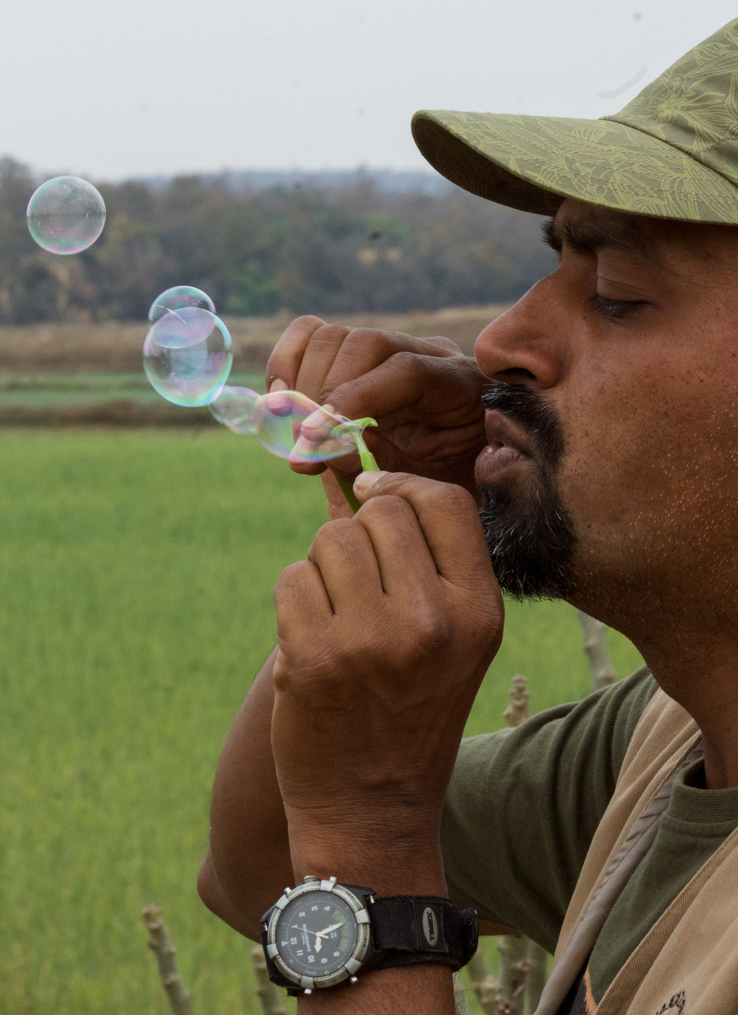 india kanha blowing bubbles (1 of 1).jpg
