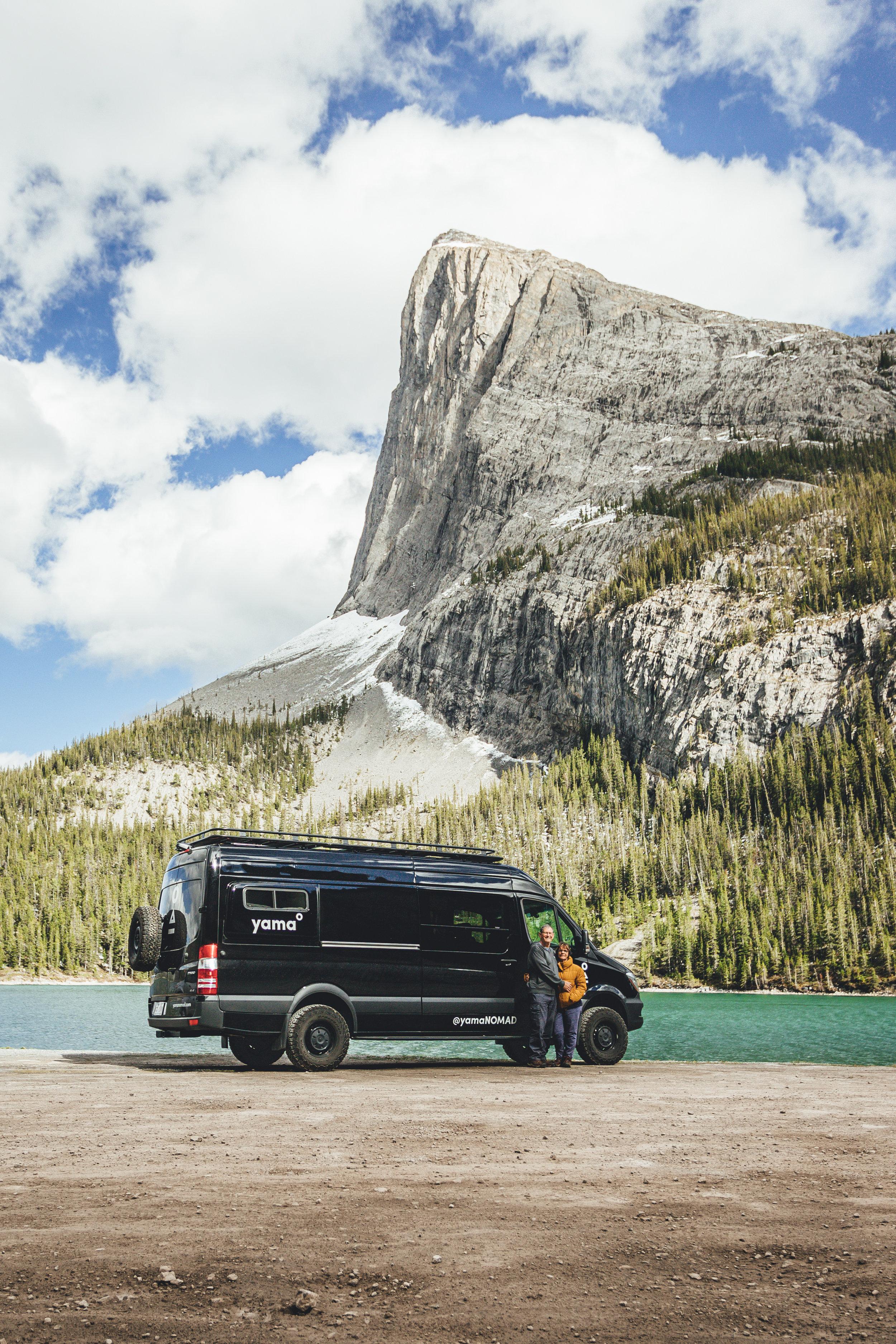 Canada_mountains_van_rental