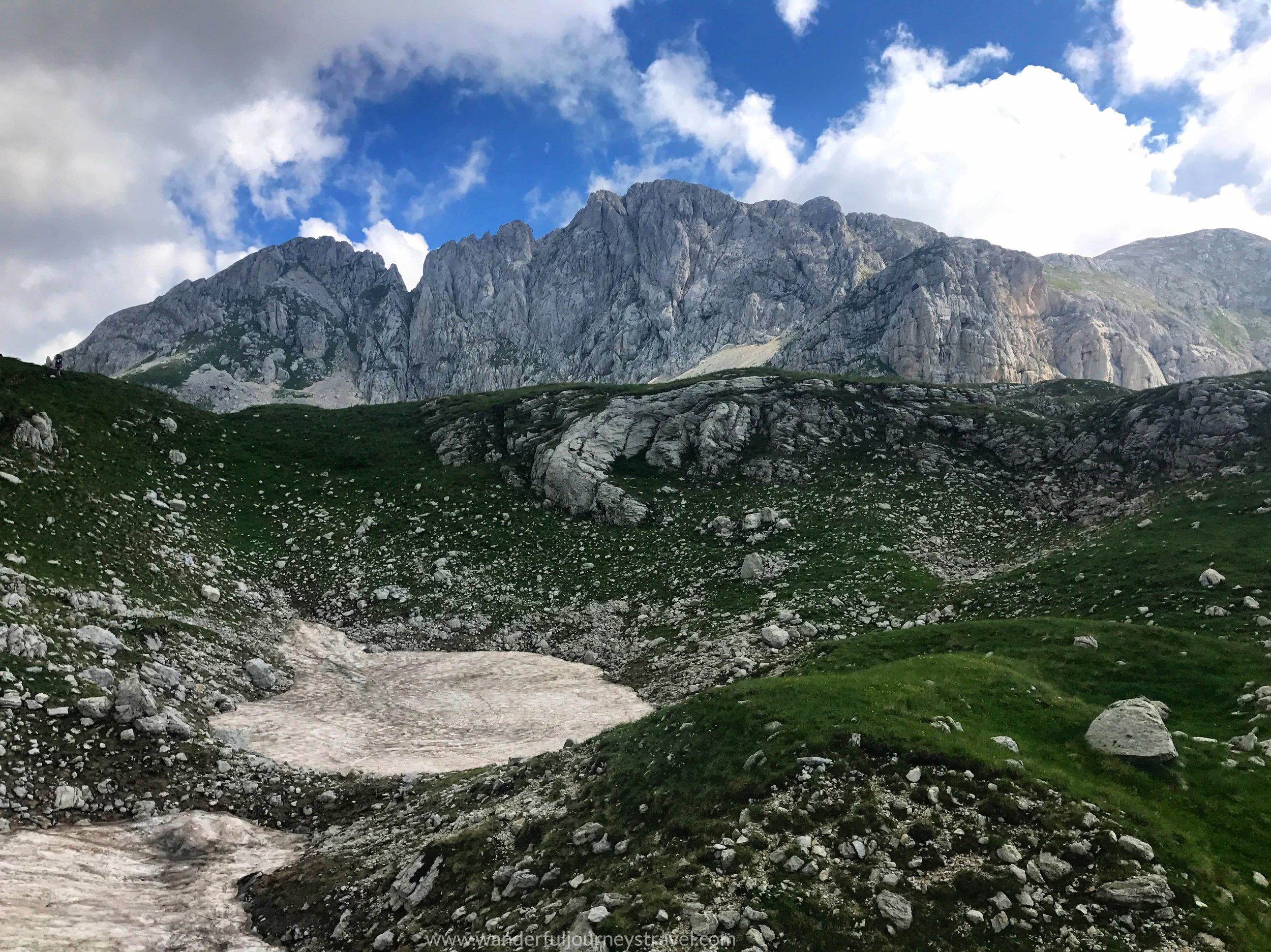 Bobotov-kuk-hike-durmitor-montenegro-summit-view.JPG