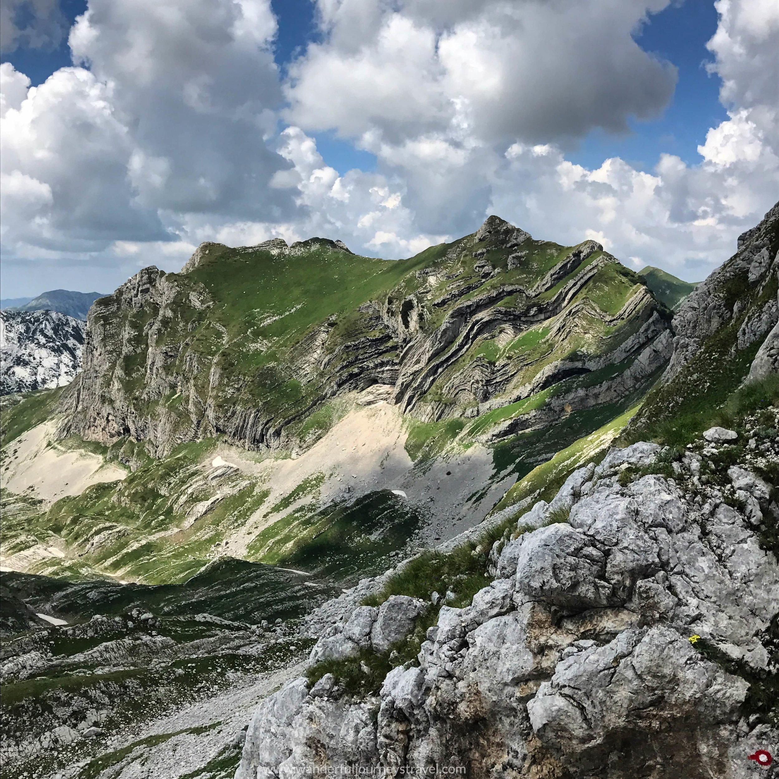Bobotov-kuk-hike-durmitor-montenegro-geology-view.JPG