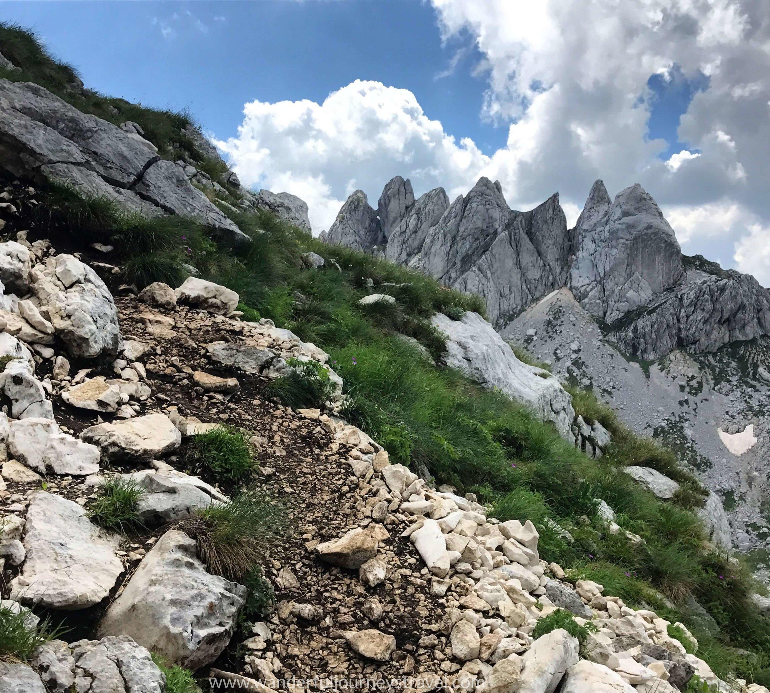 Bobotov-kuk-hike-durmitor-montenegro-trail-view.JPG