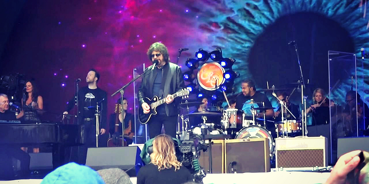 Jeff Lynne's ELO - Glastonbury - Pyramid Stage