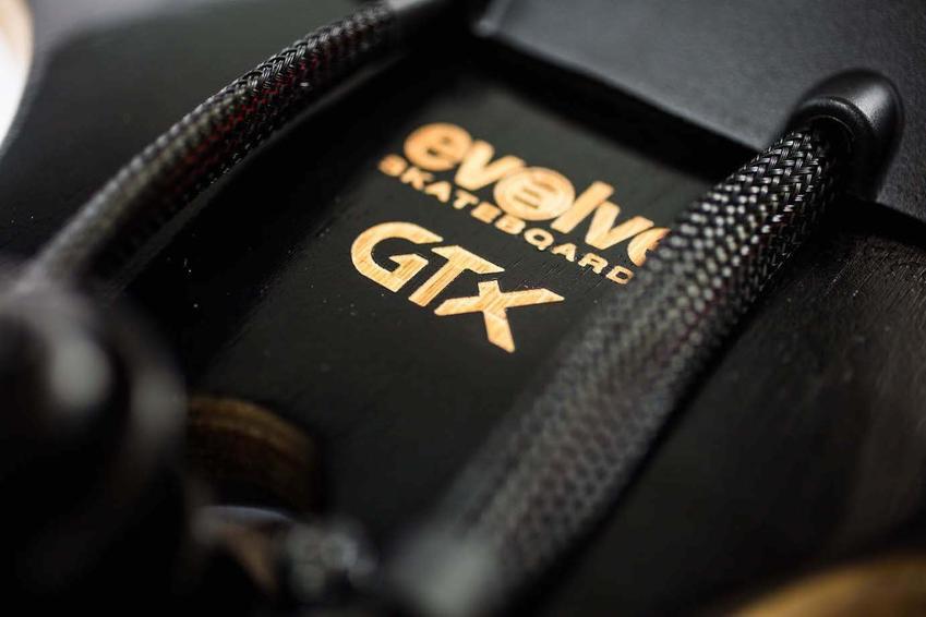 Evolve_Skateboards_Bamboo_GTX_Series_Street_8_850x.jpg
