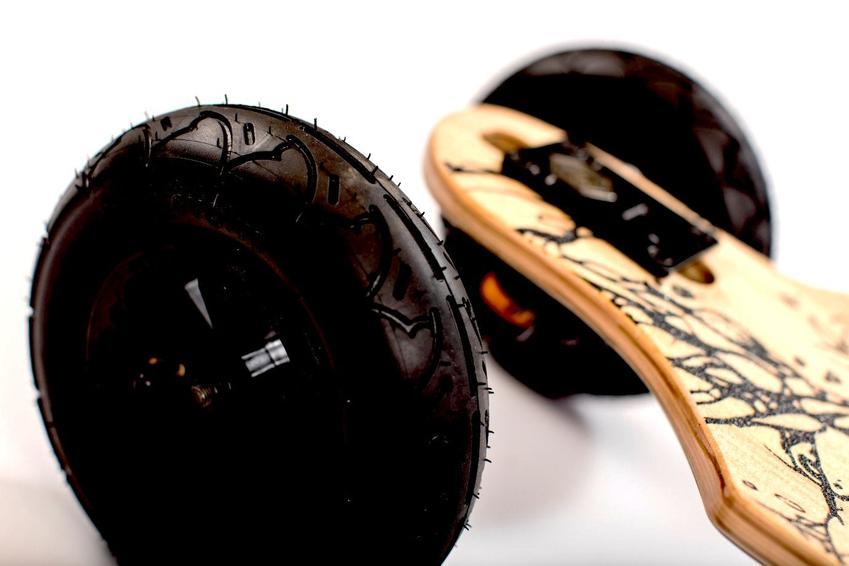 Evolve_Skateboards_Bamboo_GT_Series_All_Terrain_7_850x.jpg