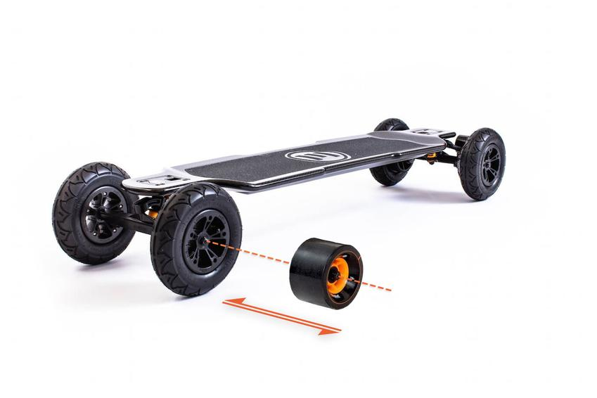 Evolve_Skateboards_Carbon_GT_2in1_850x.jpg