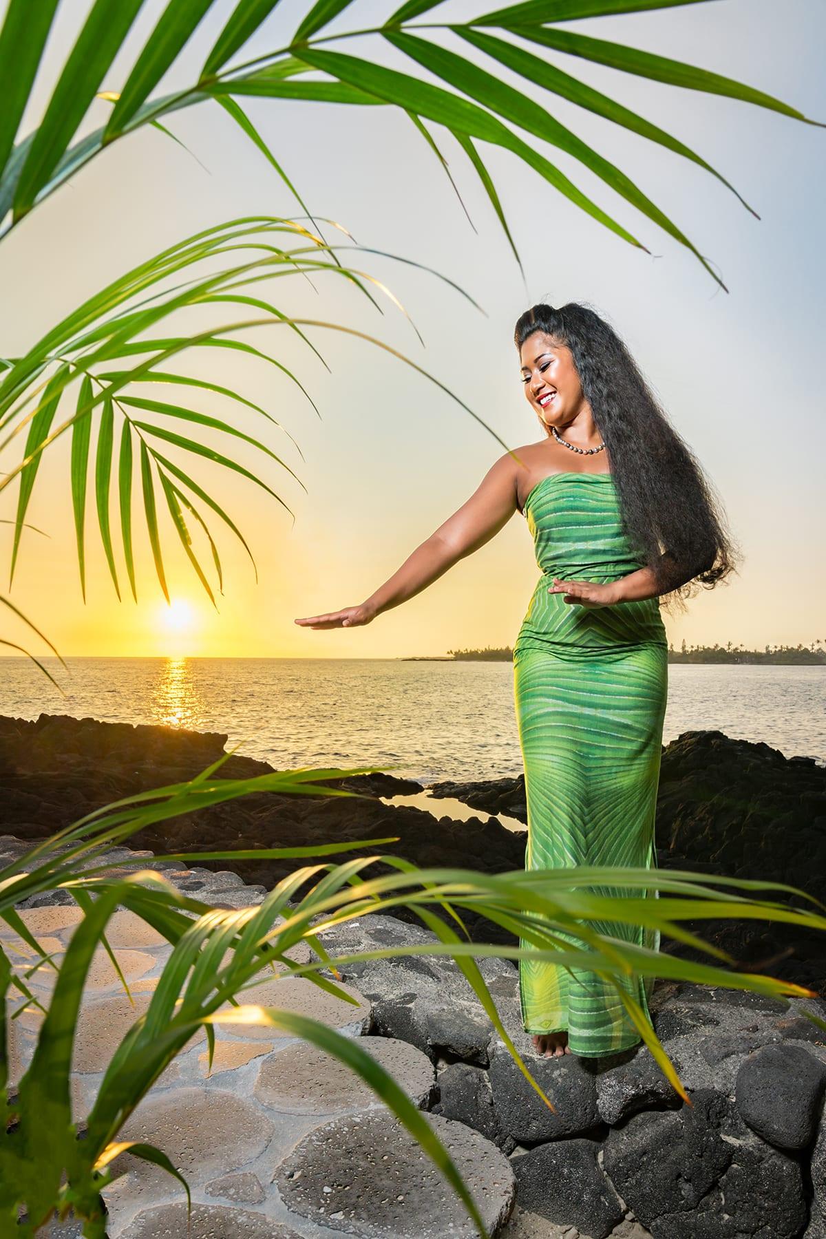 Hawaiian-Dancer-Photographer-Performer-Portrait-Headshot.jpg