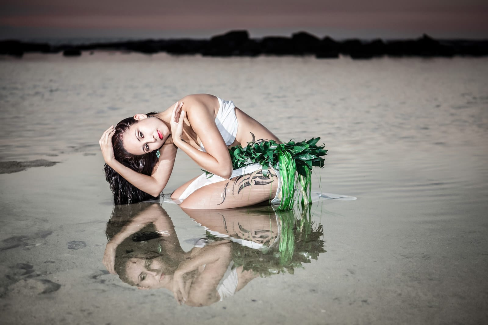 Polynesian_Reflection_Dancer_Photography_by_Ranae_Keane_-_Bamsey_EMotionGalleries.jpg
