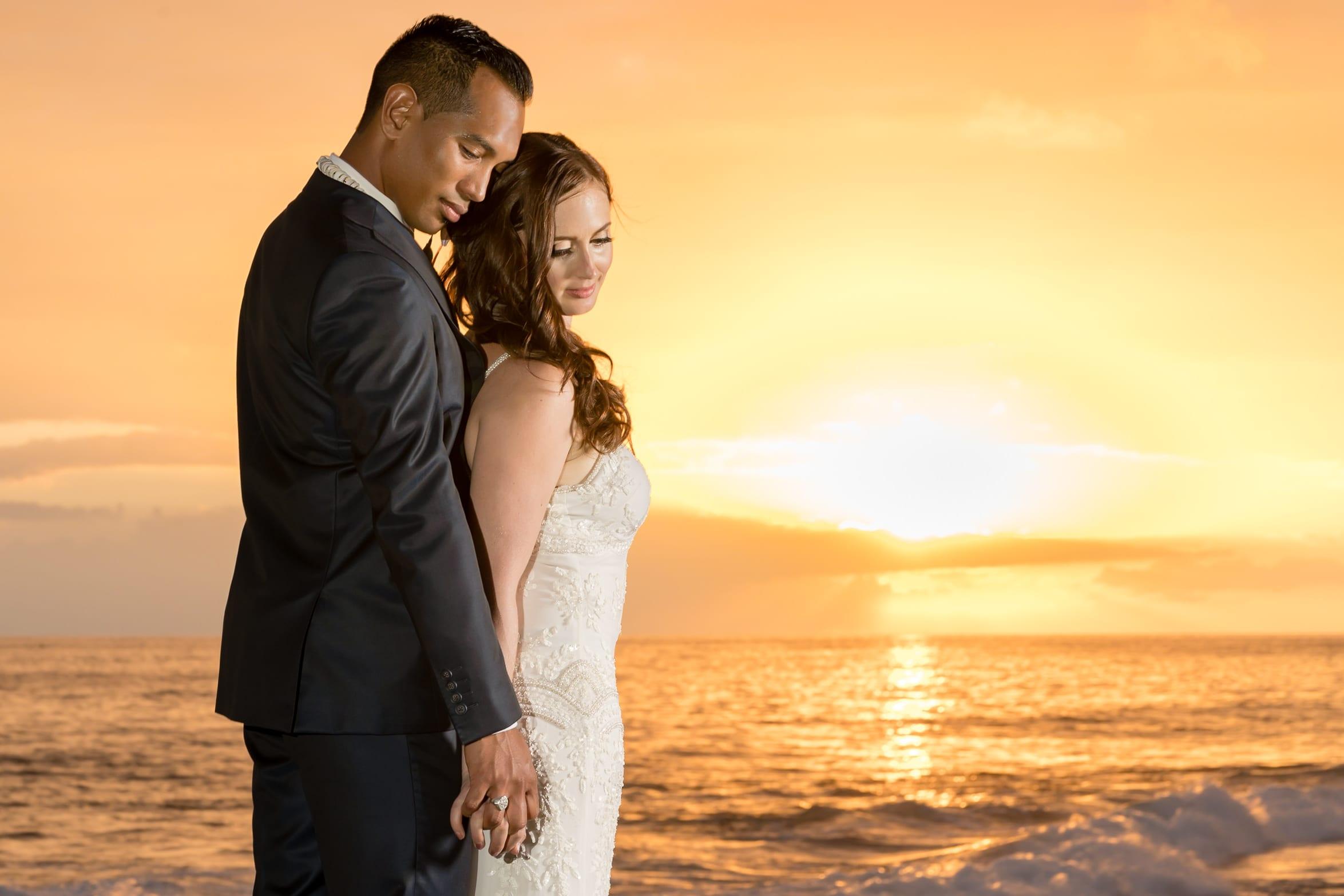 Big-Island-Hawaii-Jade-Keyes-Derrick-Alig-Daylight-Mind-Kailua-Kona-Hawaii-Wedding19.jpg