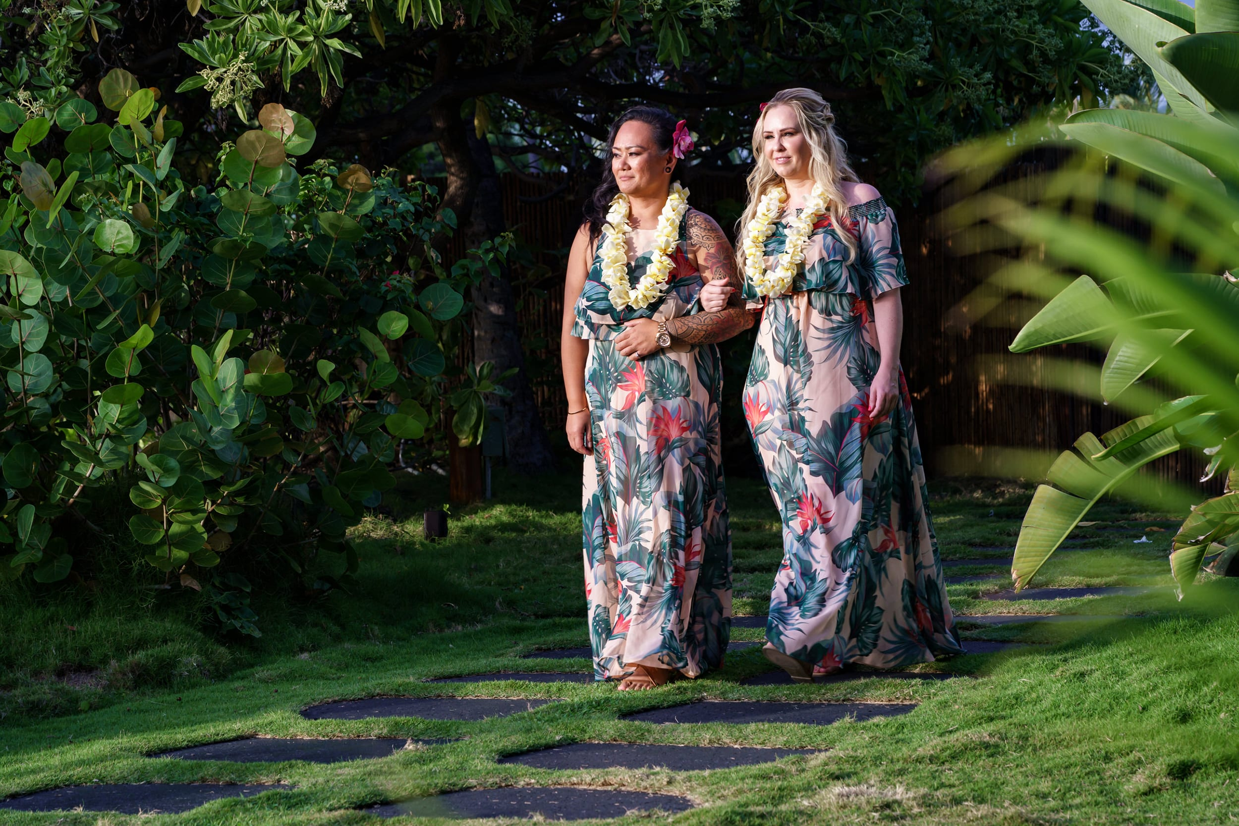Big-Island-Wedding-Brides-LGBT-Hawaii-Photographer-Nohea-Point-4-1.jpg