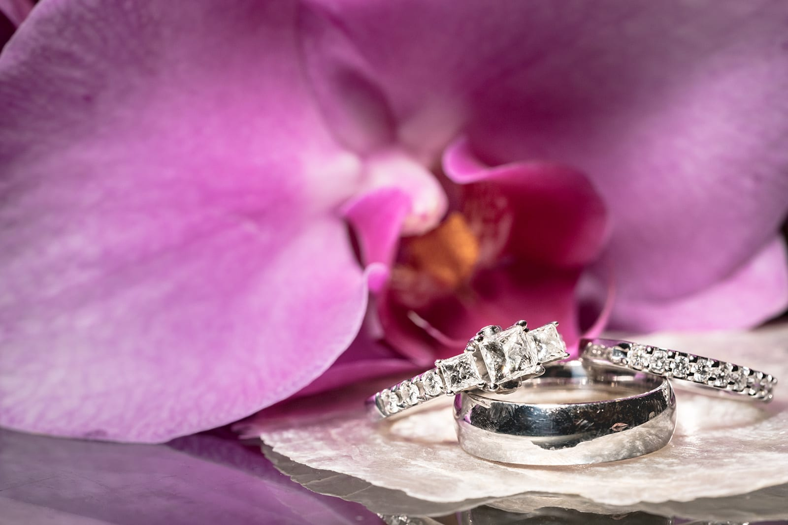 pink-orchid-fairmont-Hawaii-Wedding-Photographer-Ring-Details-Engagement-Ring-Off-camera-flash-macro-19.jpg
