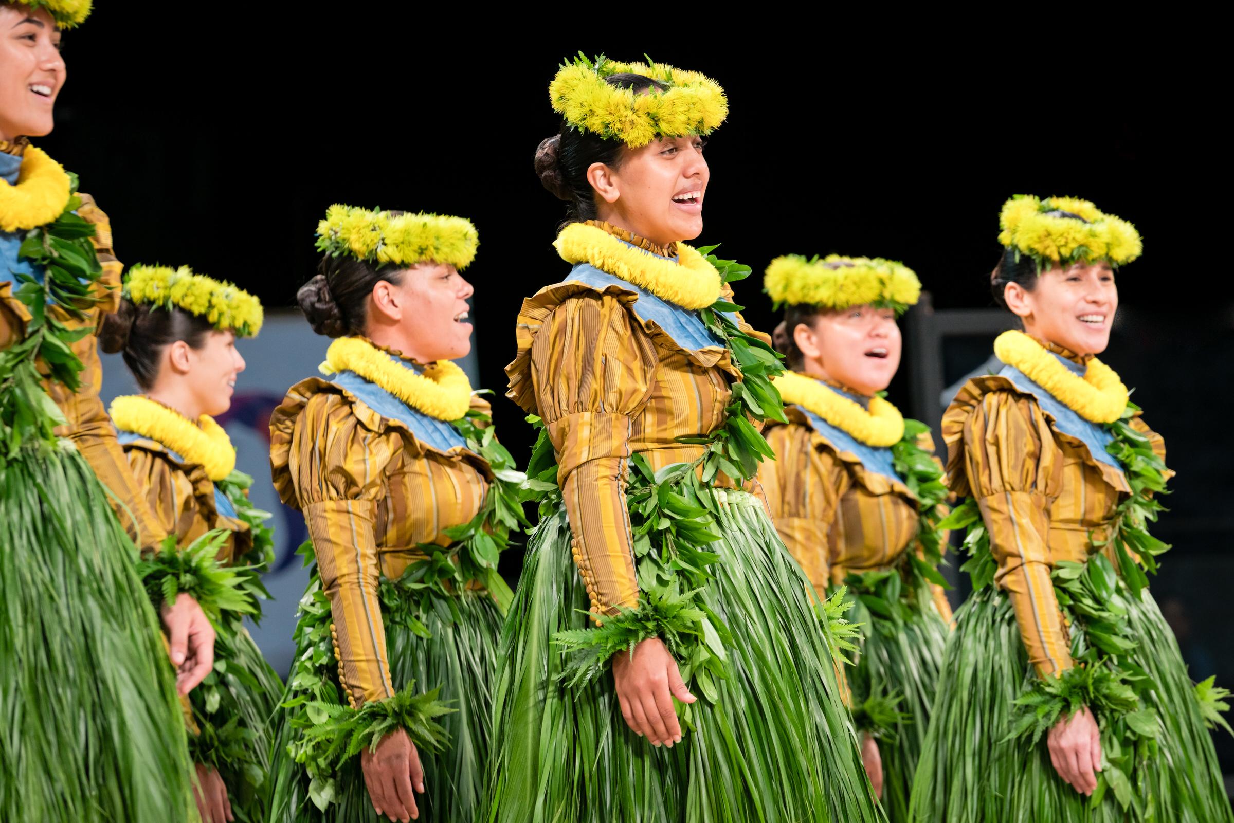 Halau Manaola Merrie Monarch Hula Festival Kahiko — EMotion