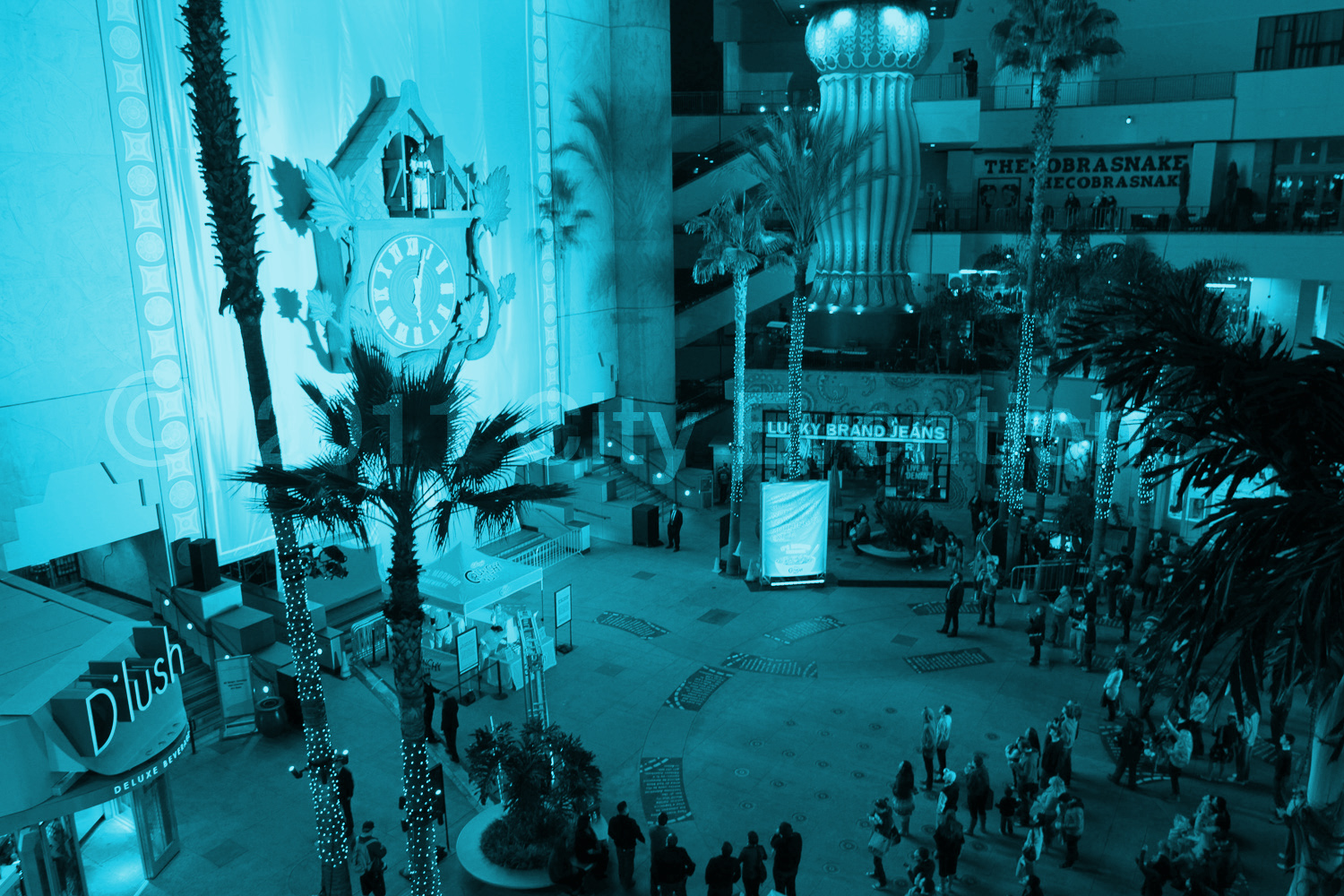 "2011 • KELLOGG'S - Client: STARCOMTo launch Kellogg's Crunchy Nut Cereal, we fabricated the world's largest cuckoo clock and placed it on Hollywood Boulevard. Bringing their campaign ""It's Morning Somewhere"" to life, every hour on the hour, for 24 hours, one comedian emerged as a character from a place in the world where it was currently morning. Hosted by Nick Cannon, the activation included 24 unique comic performances, 24 hour sampling and a live-feed of the cuckoo action to extend our reach globally."