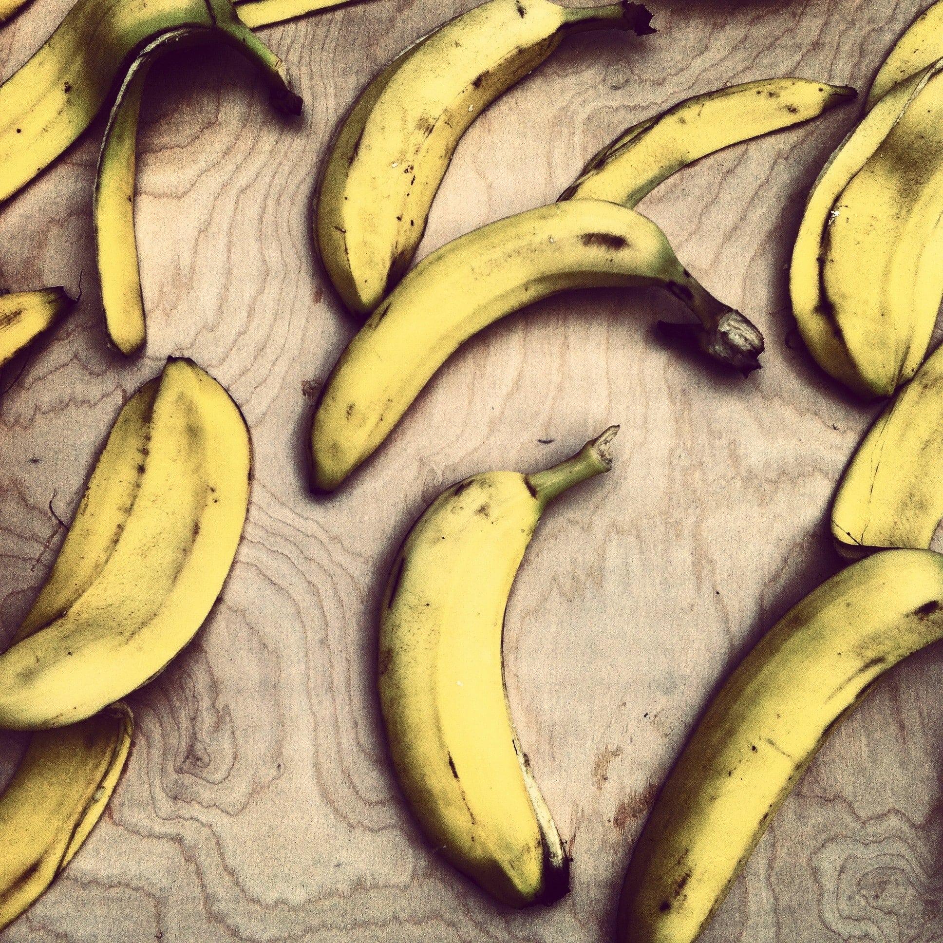 lonely-banana.jpg