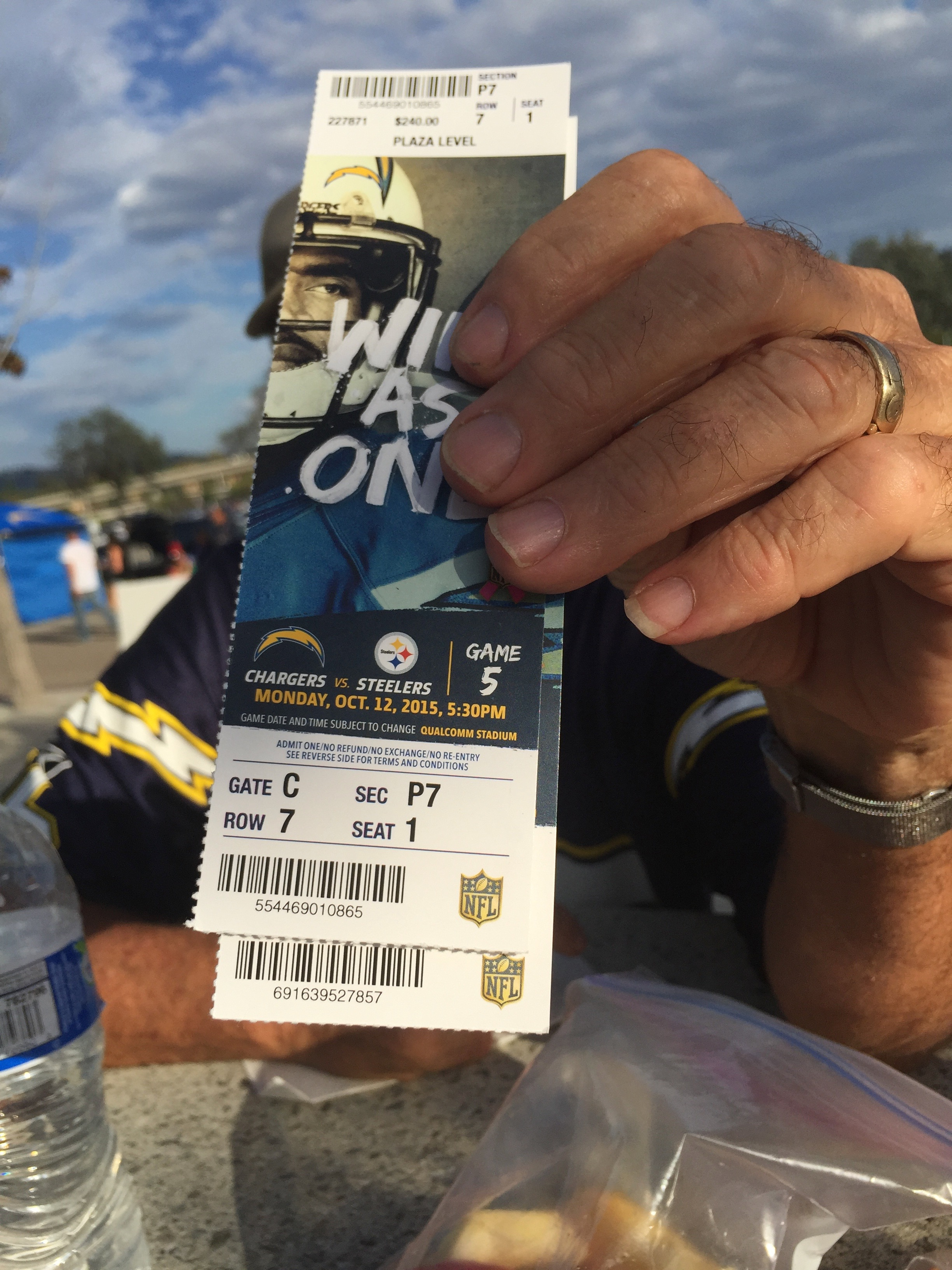 As most good decisions ensue after six beers, we grew determined to crash a tailgate. -